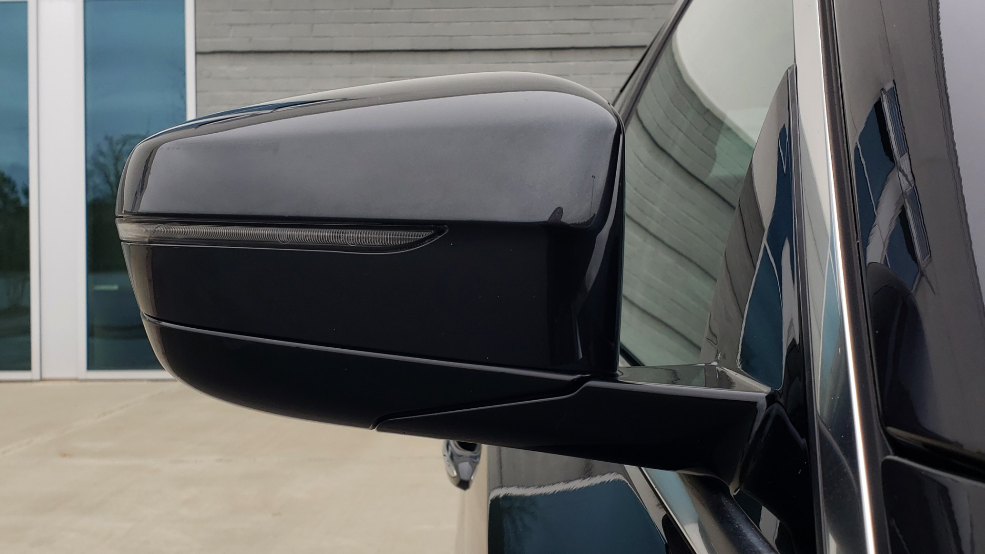 Used 2017 BMW 5 SERIES 530IXDRIVE / PREM PKG / DRVR ASST PLUS / CLD WTHR / APPLE CARPLAY for sale Sold at Formula Imports in Charlotte NC 28227 23