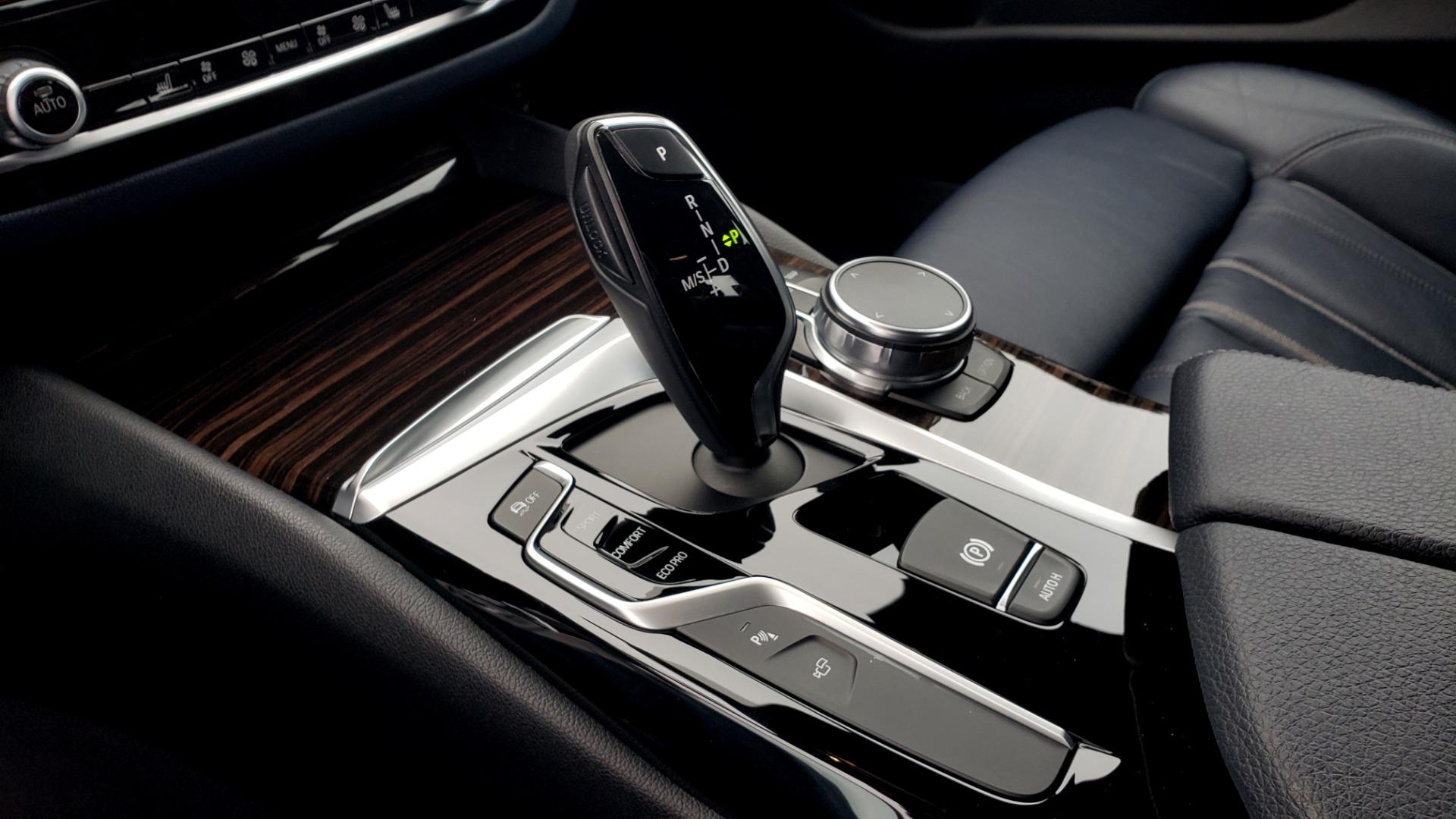 Used 2017 BMW 5 SERIES 530IXDRIVE / PREM PKG / DRVR ASST PLUS / CLD WTHR / APPLE CARPLAY for sale $30,595 at Formula Imports in Charlotte NC 28227 49