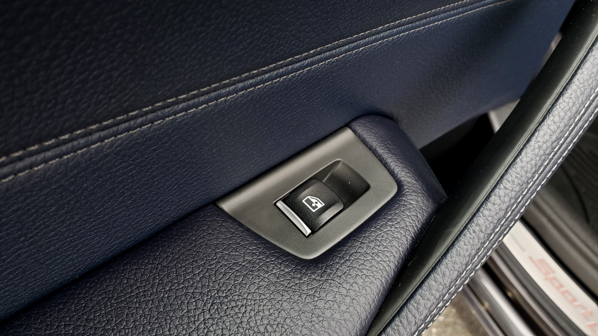 Used 2017 BMW 5 SERIES 530IXDRIVE / PREM PKG / DRVR ASST PLUS / CLD WTHR / APPLE CARPLAY for sale Sold at Formula Imports in Charlotte NC 28227 60