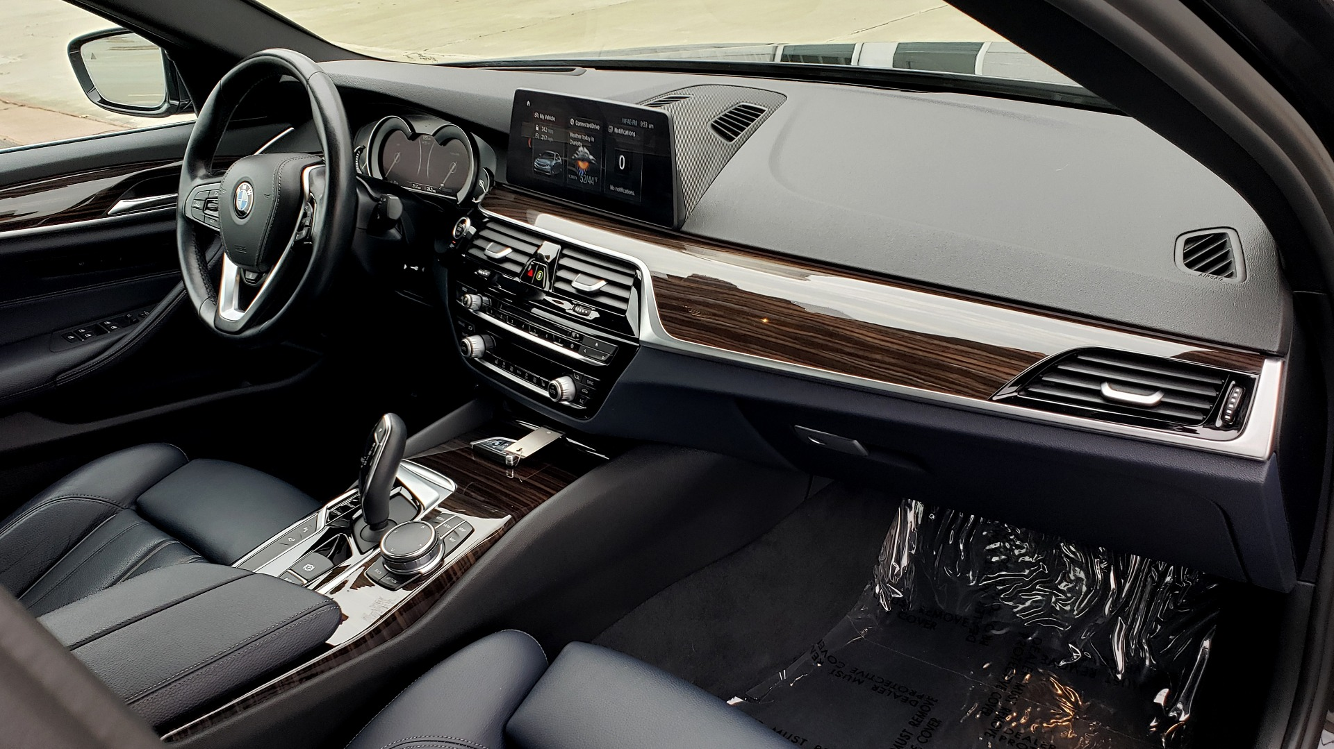 Used 2017 BMW 5 SERIES 530IXDRIVE / PREM PKG / DRVR ASST PLUS / CLD WTHR / APPLE CARPLAY for sale Sold at Formula Imports in Charlotte NC 28227 69