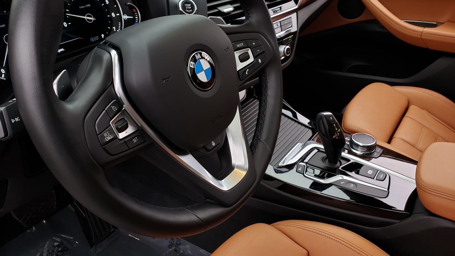 Used 2018 BMW X3 XDRIVE30I / LUX PKG / PREM PKG / CONV PKG / PDC / APPLE CARPLAY for sale Sold at Formula Imports in Charlotte NC 28227 42