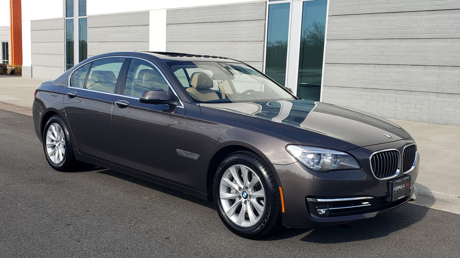 Used 2015 BMW 7 SERIES 740I SEDAN / EXECUTIVE PKG / DRVR ASST PLUS / HEADS-UP for sale Sold at Formula Imports in Charlotte NC 28227 10