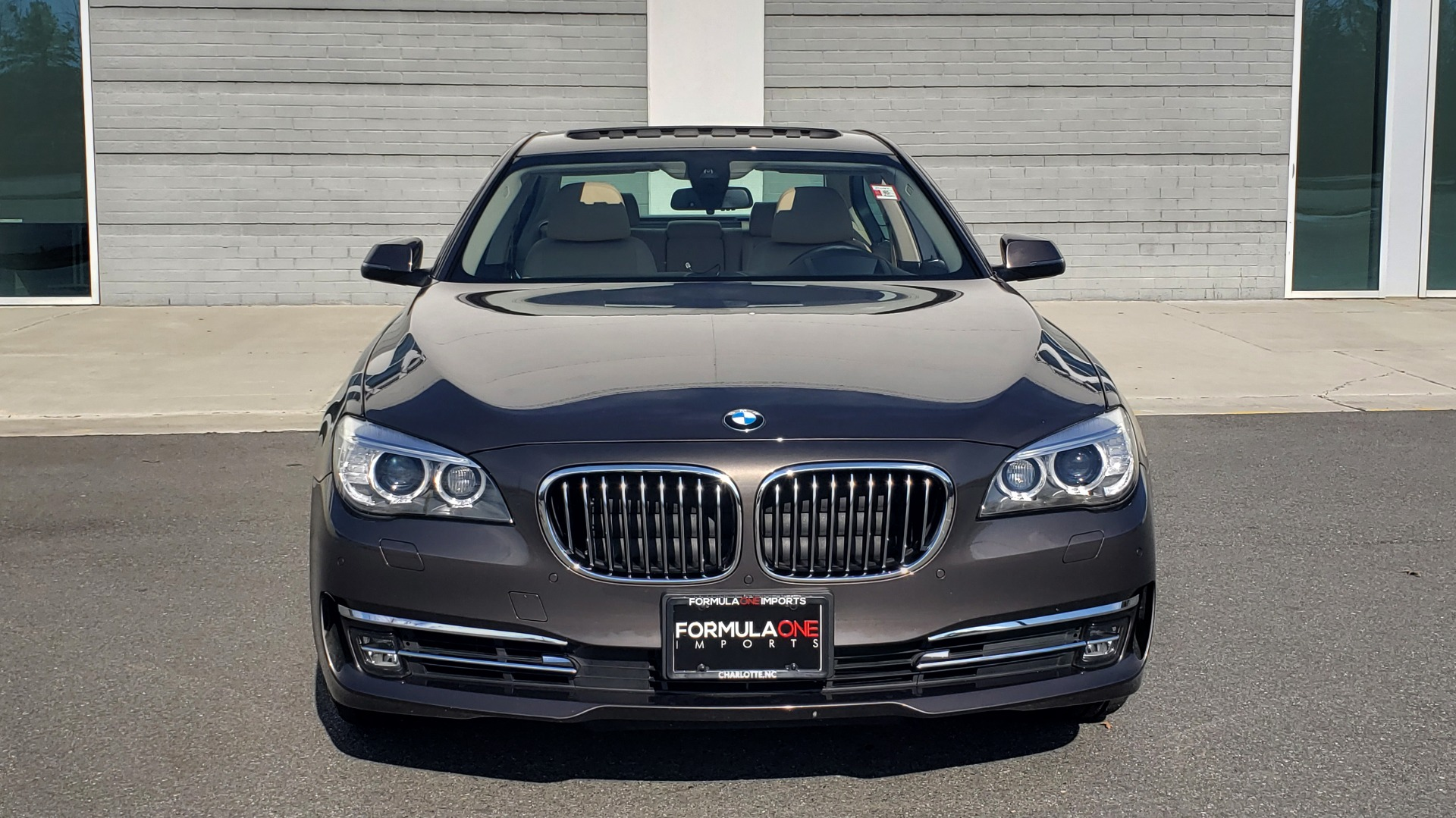 Used 2015 BMW 7 SERIES 740I SEDAN / EXECUTIVE PKG / DRVR ASST PLUS / HEADS-UP for sale Sold at Formula Imports in Charlotte NC 28227 21