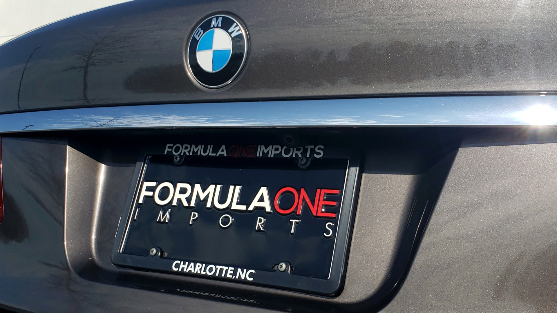 Used 2015 BMW 7 SERIES 740I SEDAN / EXECUTIVE PKG / DRVR ASST PLUS / HEADS-UP for sale Sold at Formula Imports in Charlotte NC 28227 29