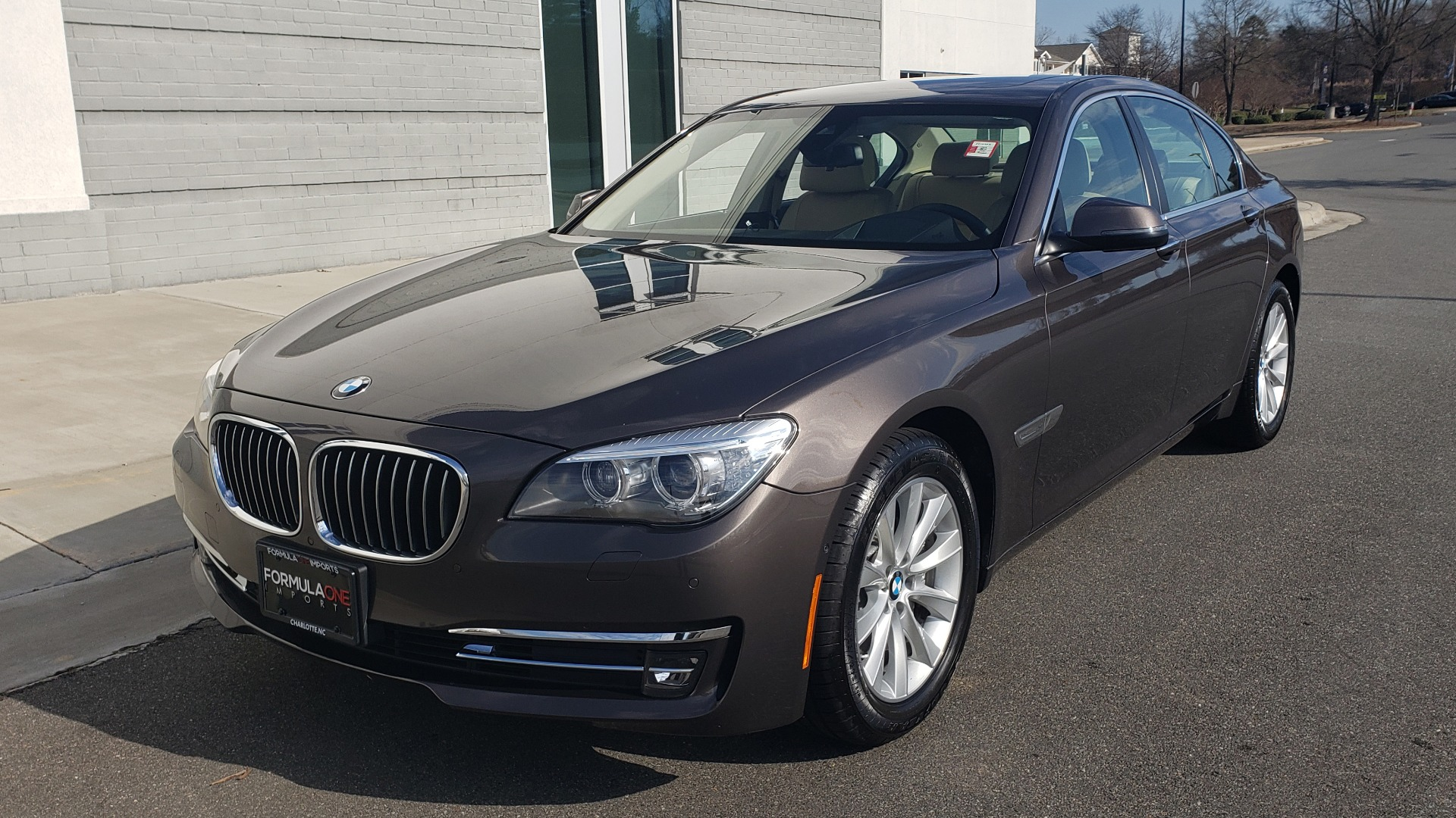 Used 2015 BMW 7 SERIES 740I SEDAN / EXECUTIVE PKG / DRVR ASST PLUS / HEADS-UP for sale Sold at Formula Imports in Charlotte NC 28227 3
