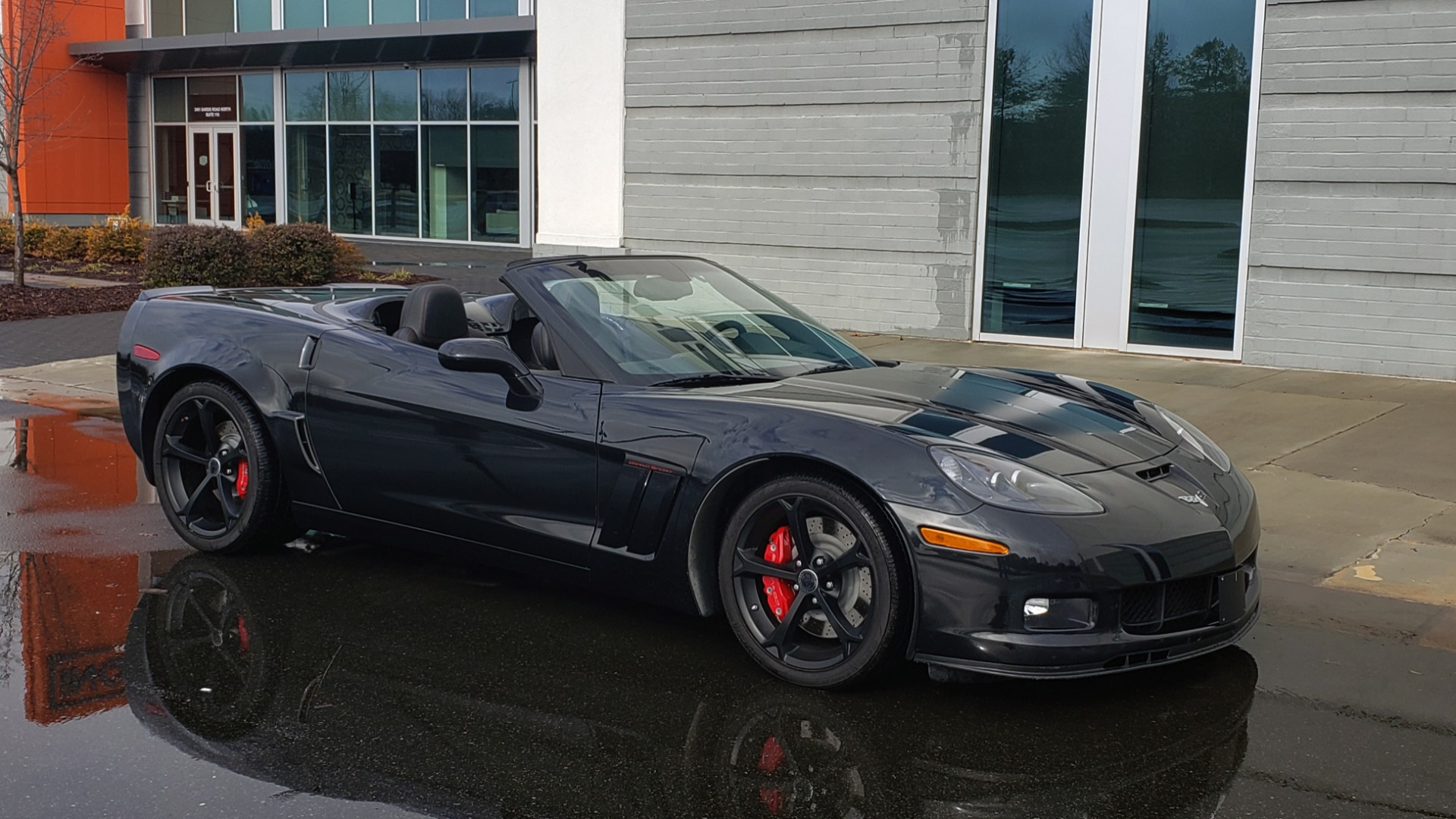 Used 2012 Chevrolet CORVETTE Z16 GRAND SPORT 3LT CONVERTIBLE / 6-SPD AUTO / NAV for sale Sold at Formula Imports in Charlotte NC 28227 10