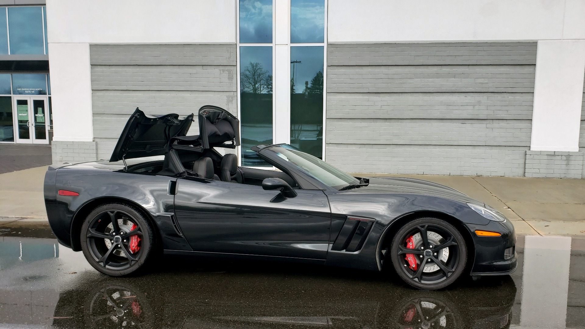 Used 2012 Chevrolet CORVETTE Z16 GRAND SPORT 3LT CONVERTIBLE / 6-SPD AUTO / NAV for sale Sold at Formula Imports in Charlotte NC 28227 7