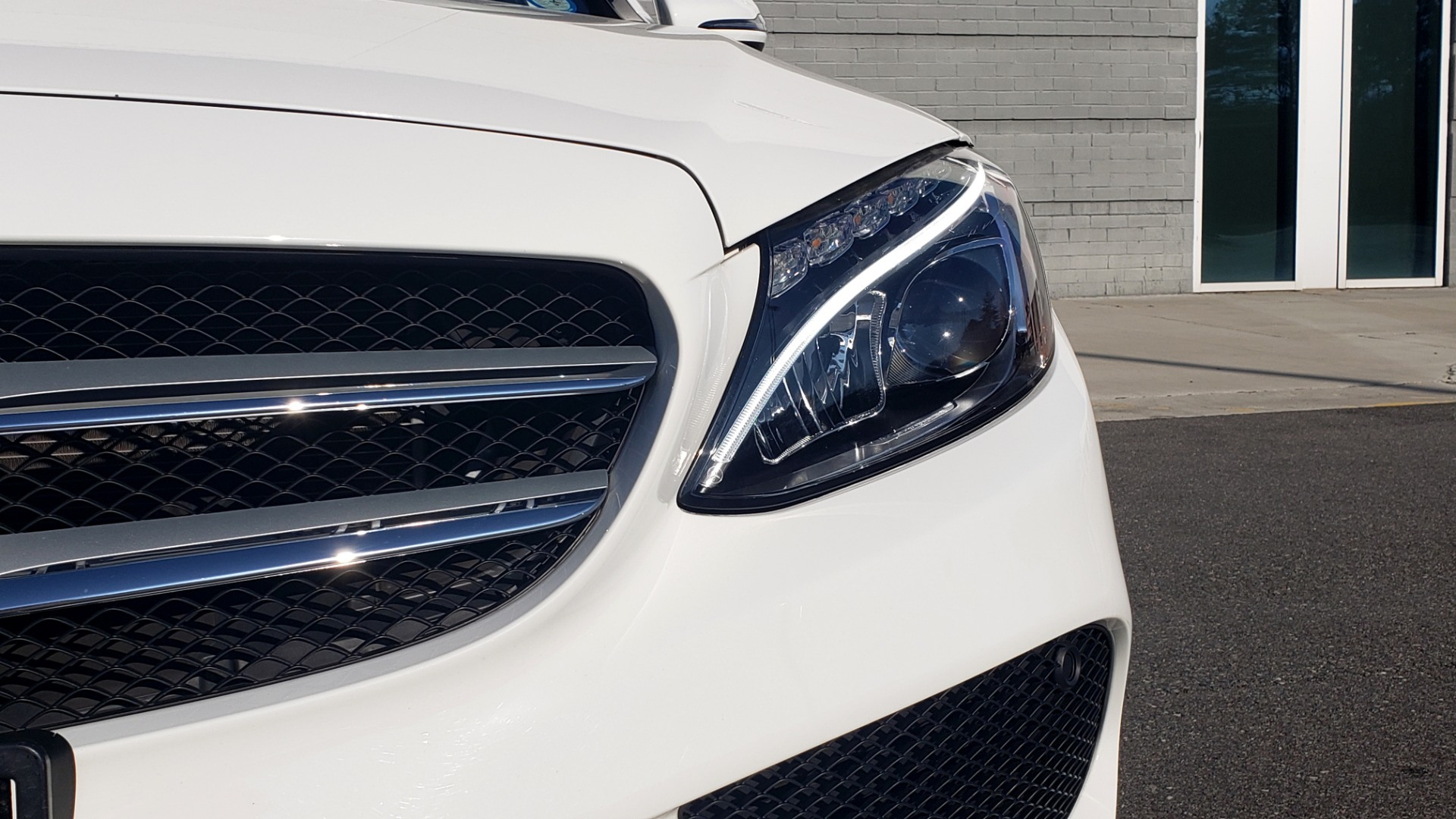 Used 2018 Mercedes-Benz C-Class C 300 PREMIUM / NAV / PANO-ROOF / AMG LINE / MULTIMEDIA for sale $28,235 at Formula Imports in Charlotte NC 28227 22