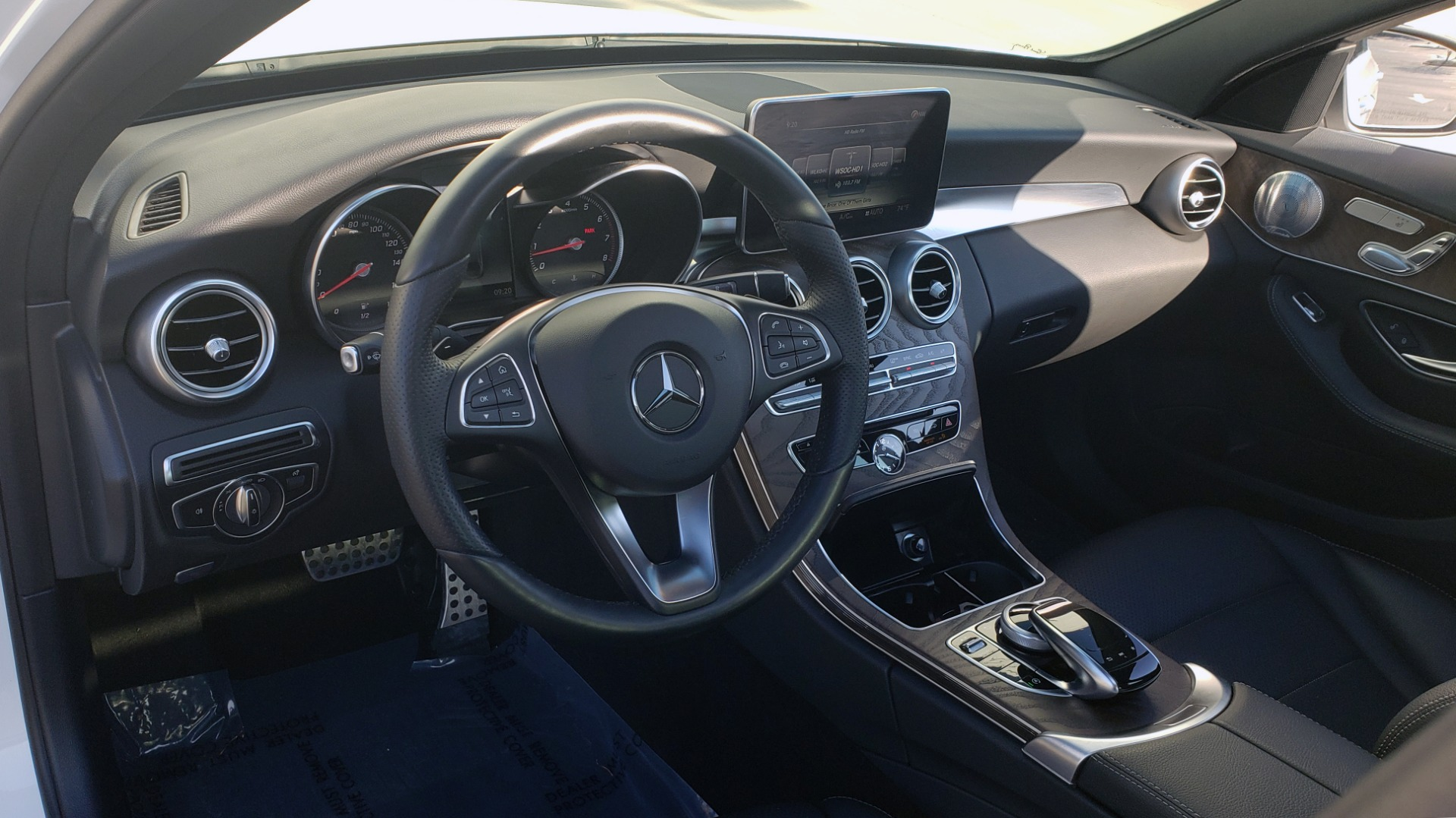 Used 2018 Mercedes-Benz C-Class C 300 PREMIUM / NAV / PANO-ROOF / AMG LINE / MULTIMEDIA for sale $28,235 at Formula Imports in Charlotte NC 28227 35