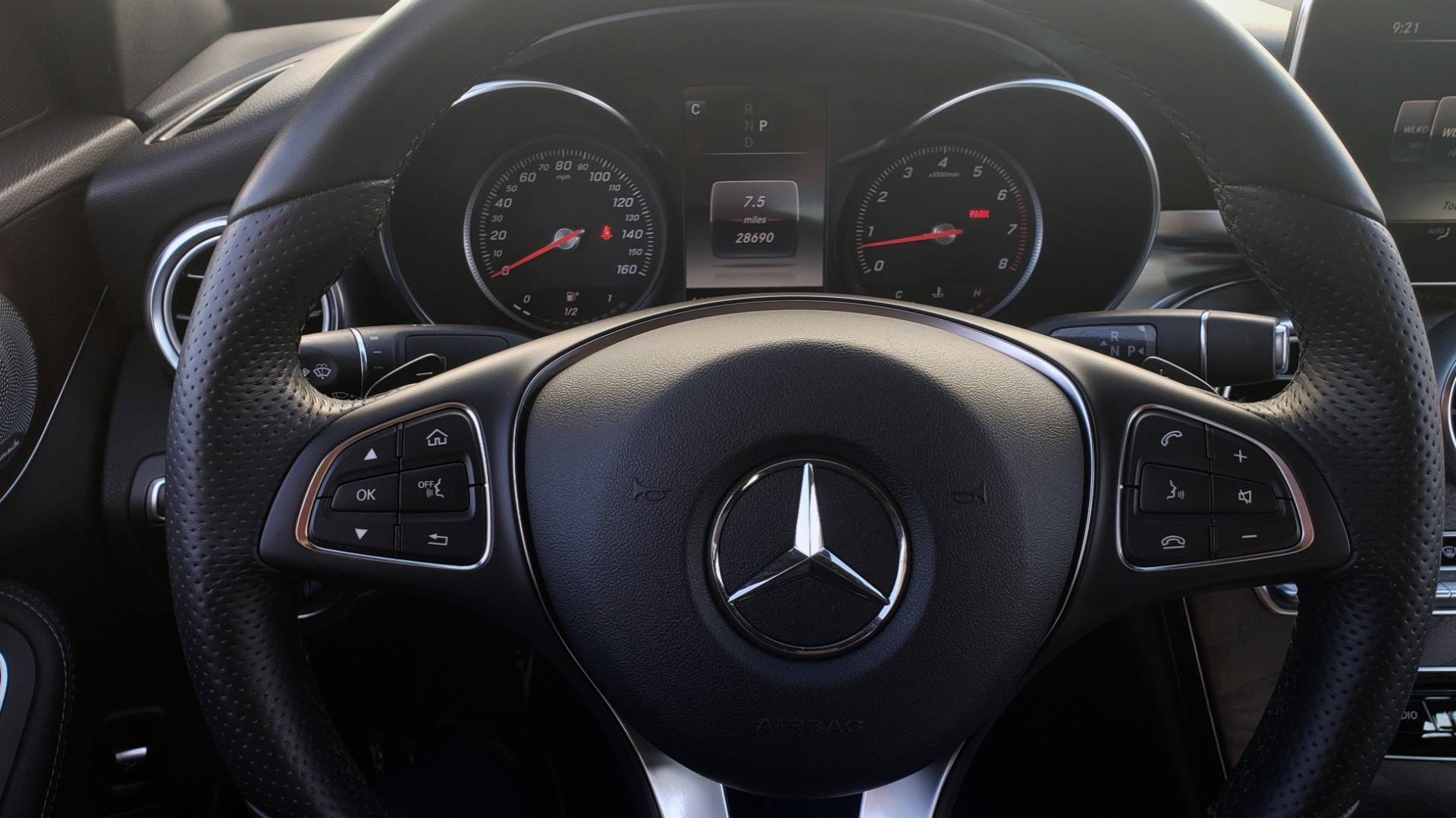 Used 2018 Mercedes-Benz C-Class C 300 PREMIUM / NAV / PANO-ROOF / AMG LINE / MULTIMEDIA for sale $28,235 at Formula Imports in Charlotte NC 28227 39