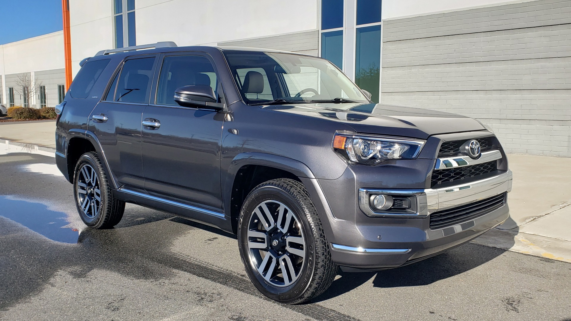 Used 2018 Toyota 4RUNNER LIMITED 4X4 / 4.0 V6 / AUTO / NAV / SUNROOF / REARVIEW for sale Sold at Formula Imports in Charlotte NC 28227 5
