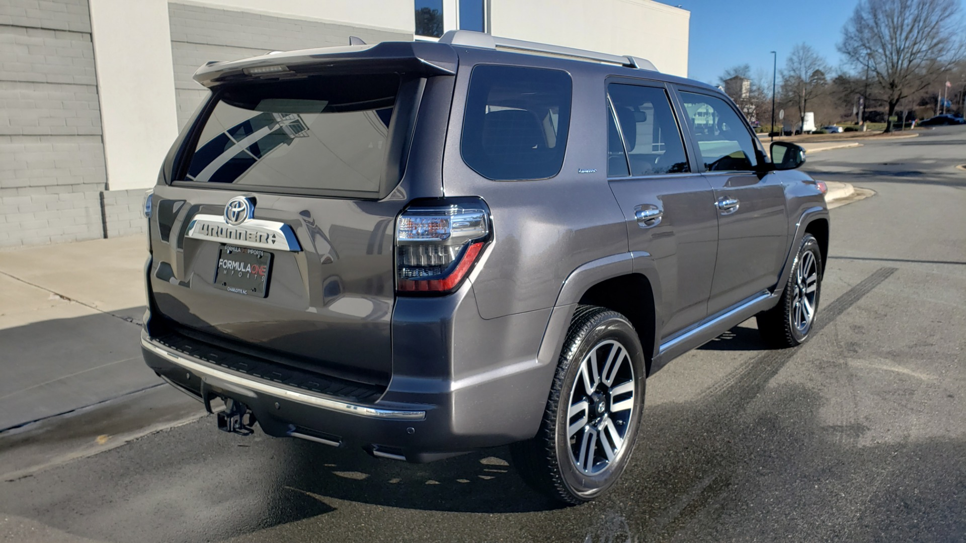 Used 2018 Toyota 4RUNNER LIMITED 4X4 / 4.0 V6 / AUTO / NAV / SUNROOF / REARVIEW for sale Sold at Formula Imports in Charlotte NC 28227 7