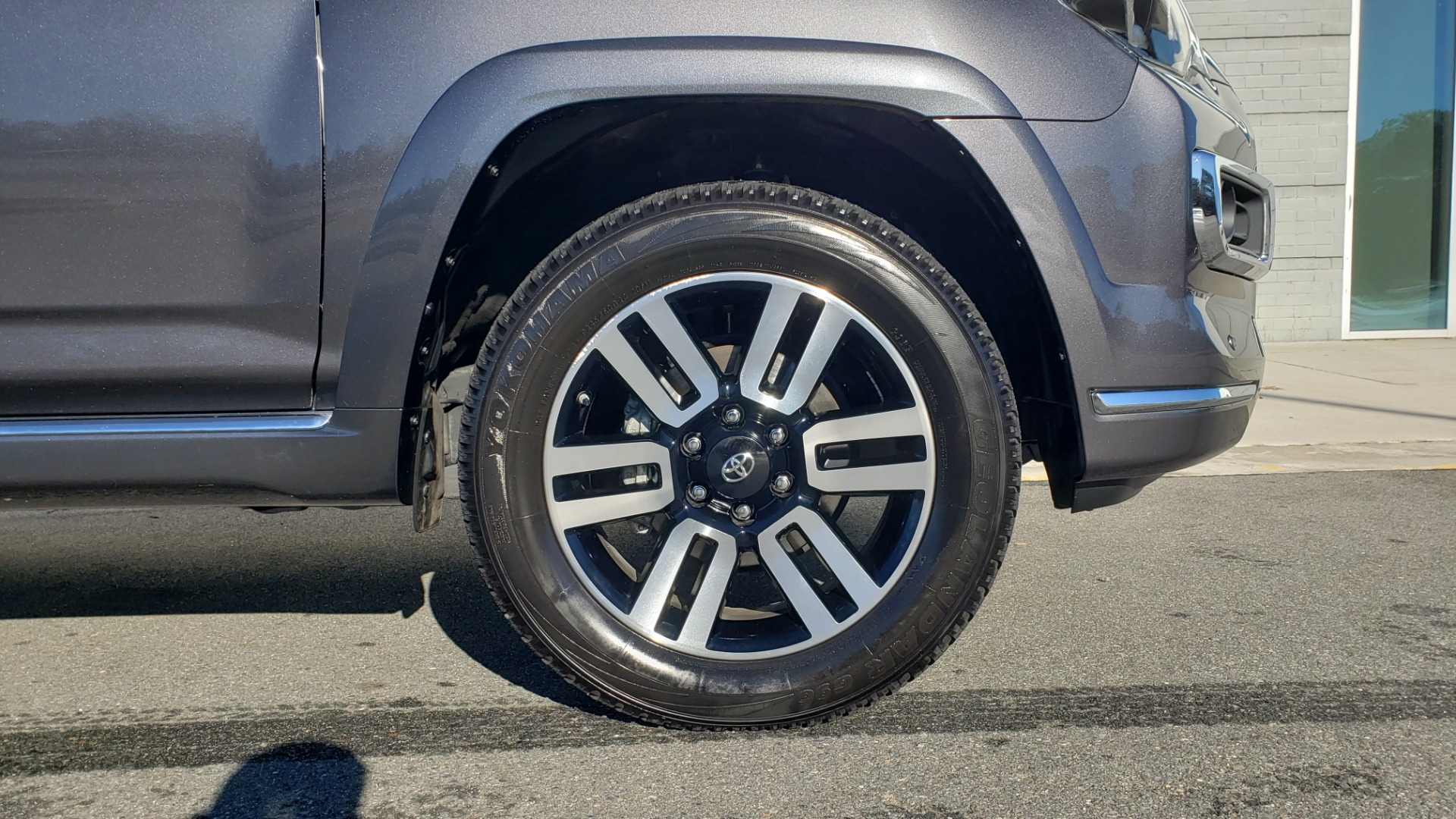 Used 2018 Toyota 4RUNNER LIMITED 4X4 / 4.0 V6 / AUTO / NAV / SUNROOF / REARVIEW for sale Sold at Formula Imports in Charlotte NC 28227 84