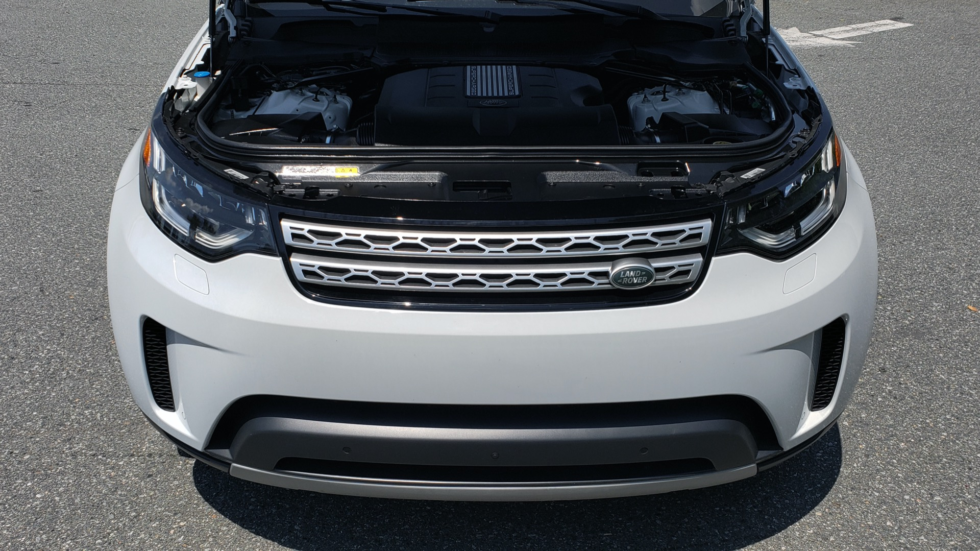Used 2017 Land Rover DISCOVERY HSE LUXURY / SC V6 / NAV / DRIVE PRO / VISION ASSIST for sale Sold at Formula Imports in Charlotte NC 28227 11