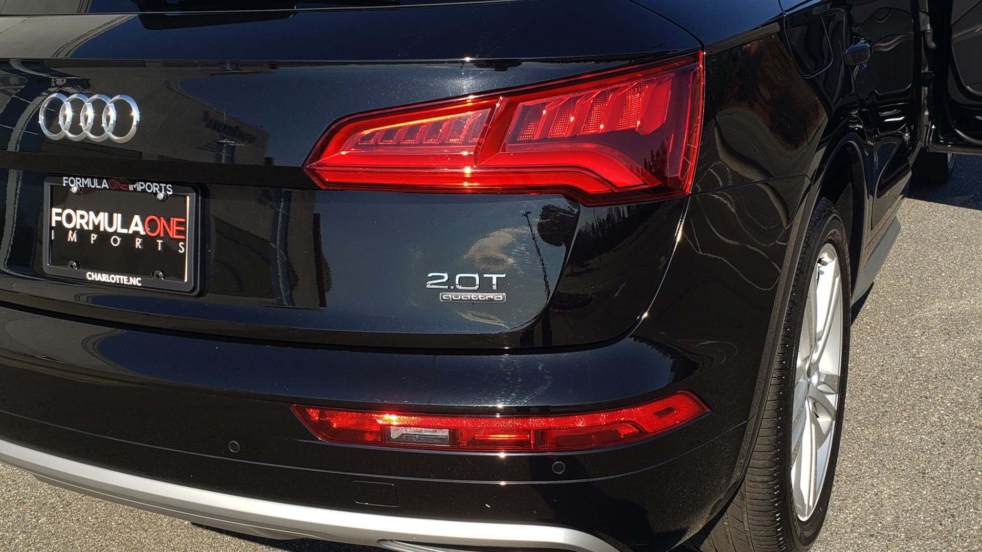 Used 2018 Audi Q5 PREMIUM PLUS / NAV / PANO-ROOF / CLD WTHR / REARVIEW for sale $30,435 at Formula Imports in Charlotte NC 28227 29