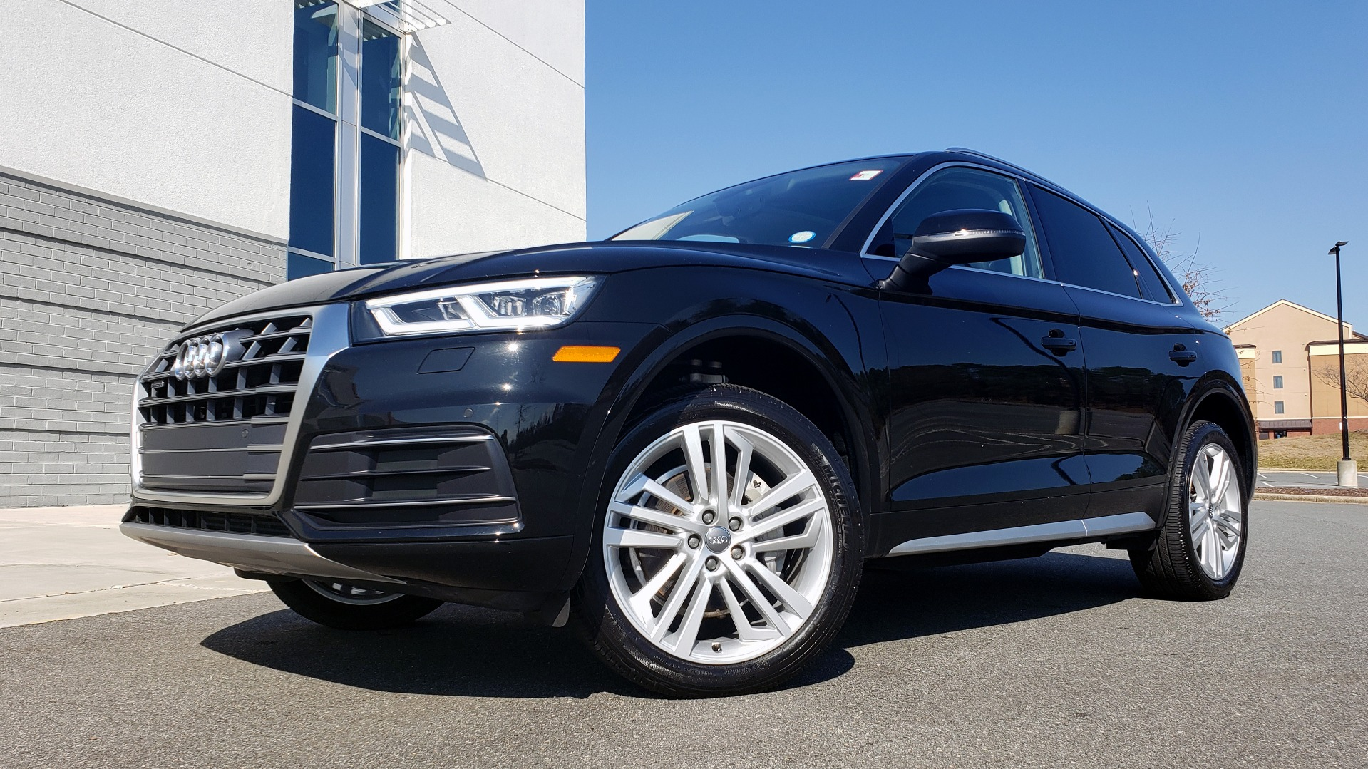 Used 2018 Audi Q5 PREMIUM PLUS / NAV / PANO-ROOF / CLD WTHR / REARVIEW for sale $30,435 at Formula Imports in Charlotte NC 28227 1