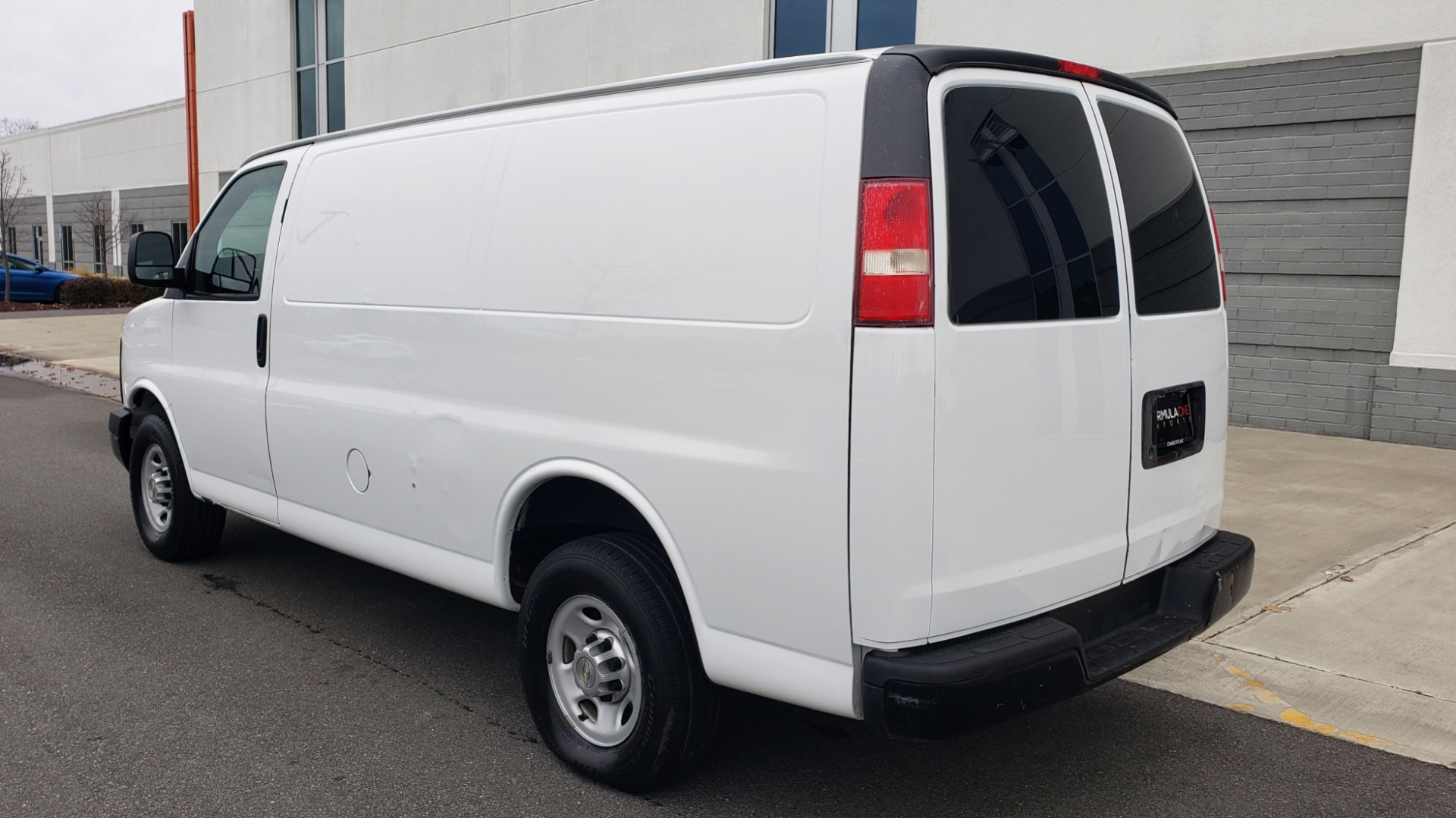 Used 2013 Chevrolet EXPRESS CARGO VAN 2500 / 135IN WB / STORAGE RACKS / RUNS GREAT for sale Sold at Formula Imports in Charlotte NC 28227 3