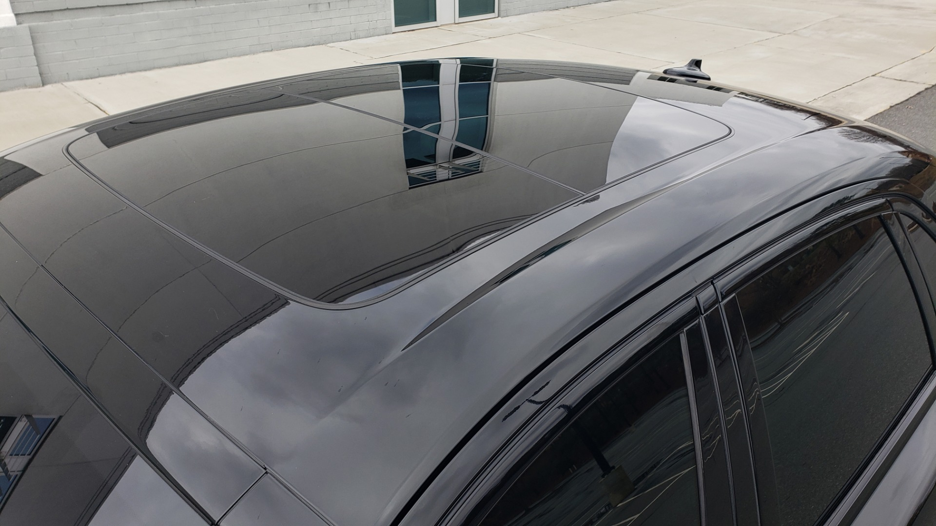 Used 2010 Rolls-Royce GHOST 6.6L TURBO V12 (563HP) / NAV / SUNROOF / SUICIDE DOORS for sale $89,000 at Formula Imports in Charlotte NC 28227 10