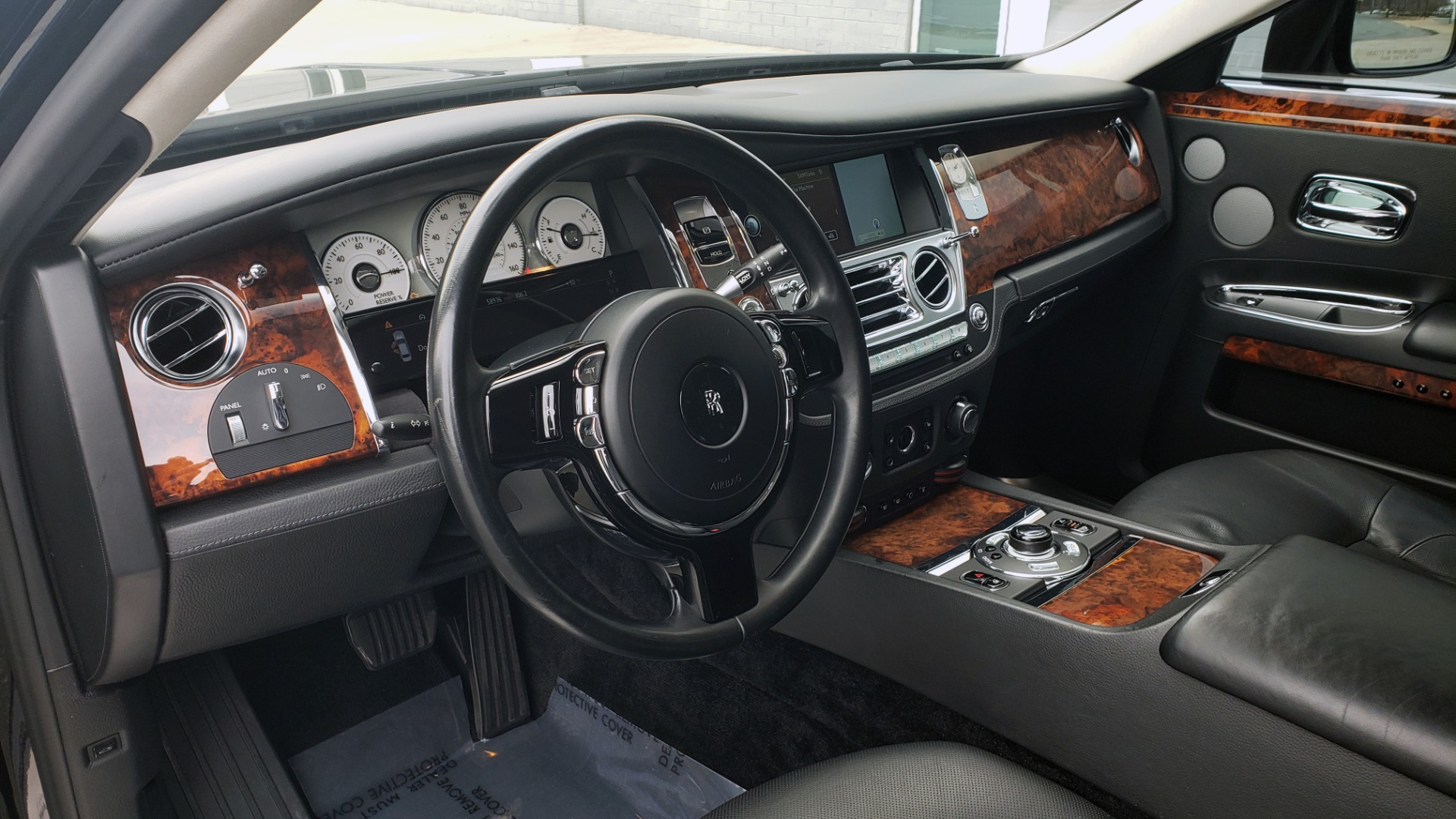 Used 2010 Rolls-Royce GHOST 6.6L TURBO V12 (563HP) / NAV / SUNROOF / SUICIDE DOORS for sale $89,000 at Formula Imports in Charlotte NC 28227 13