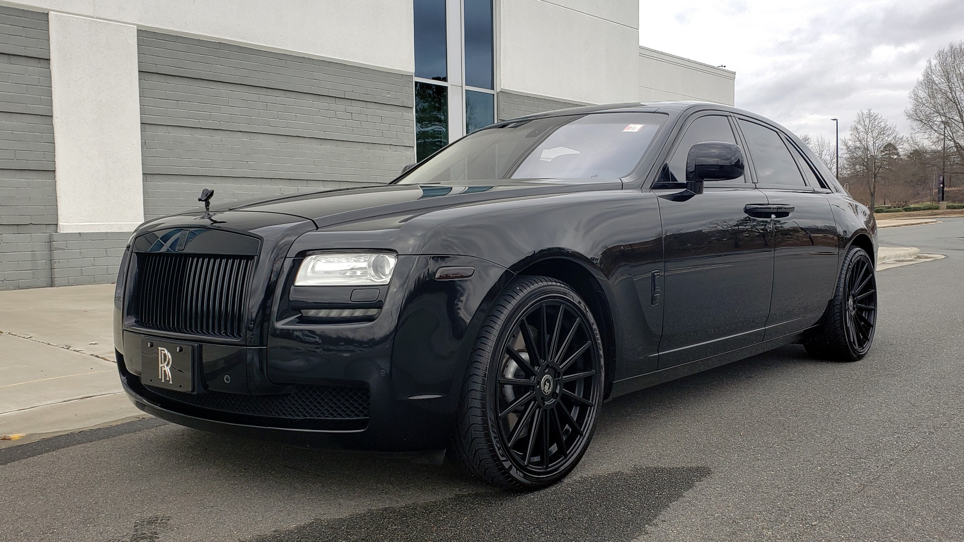 Used 2010 Rolls-Royce GHOST 6.6L TURBO V12 (563HP) / NAV / SUNROOF / SUICIDE DOORS for sale $89,000 at Formula Imports in Charlotte NC 28227 3