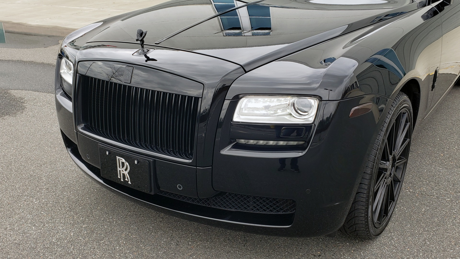 Used 2010 Rolls-Royce GHOST 6.6L TURBO V12 (563HP) / NAV / SUNROOF / SUICIDE DOORS for sale $89,000 at Formula Imports in Charlotte NC 28227 50