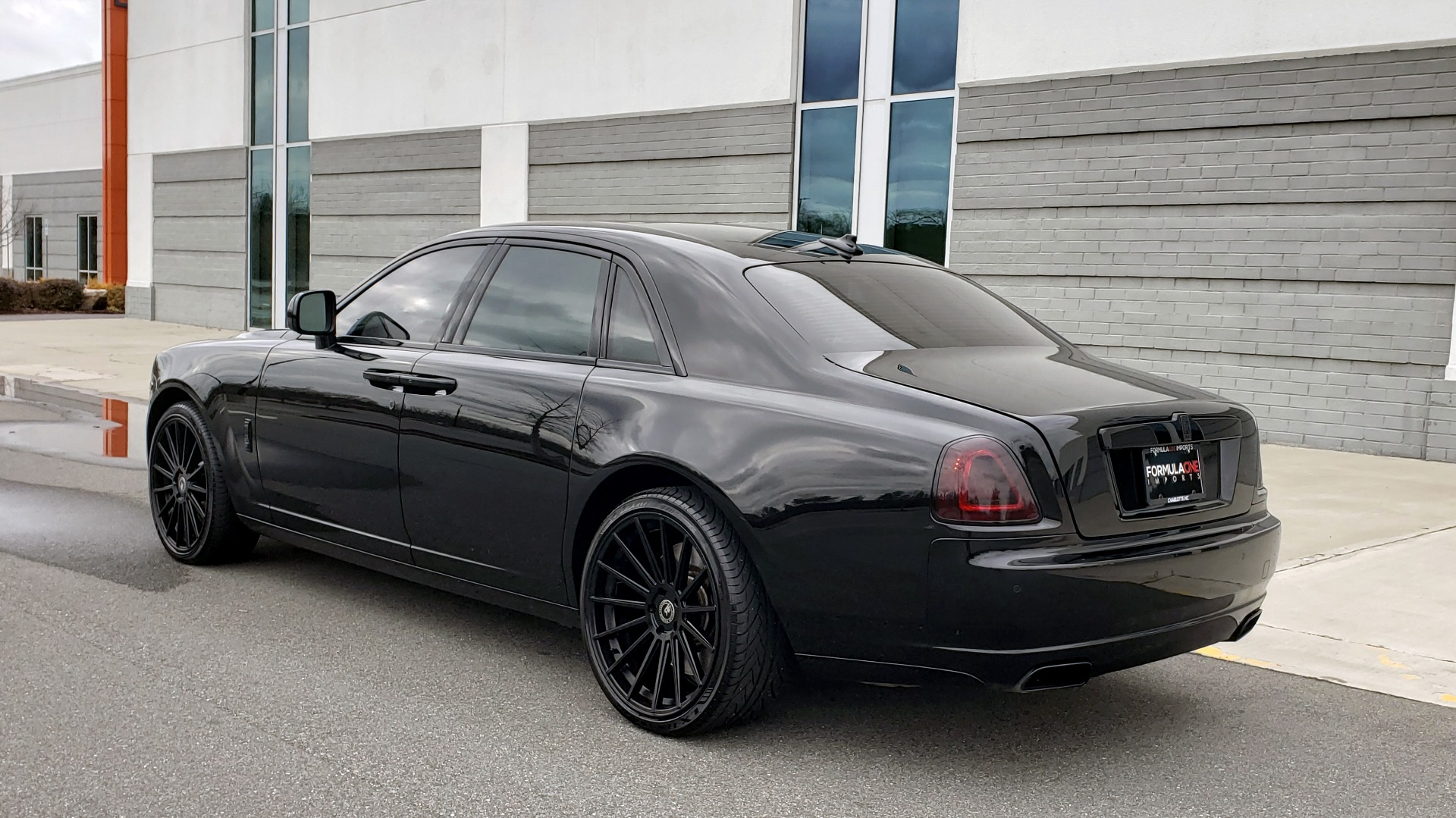 Used 2010 Rolls-Royce GHOST 6.6L TURBO V12 (563HP) / NAV / SUNROOF / SUICIDE DOORS for sale $89,000 at Formula Imports in Charlotte NC 28227 6