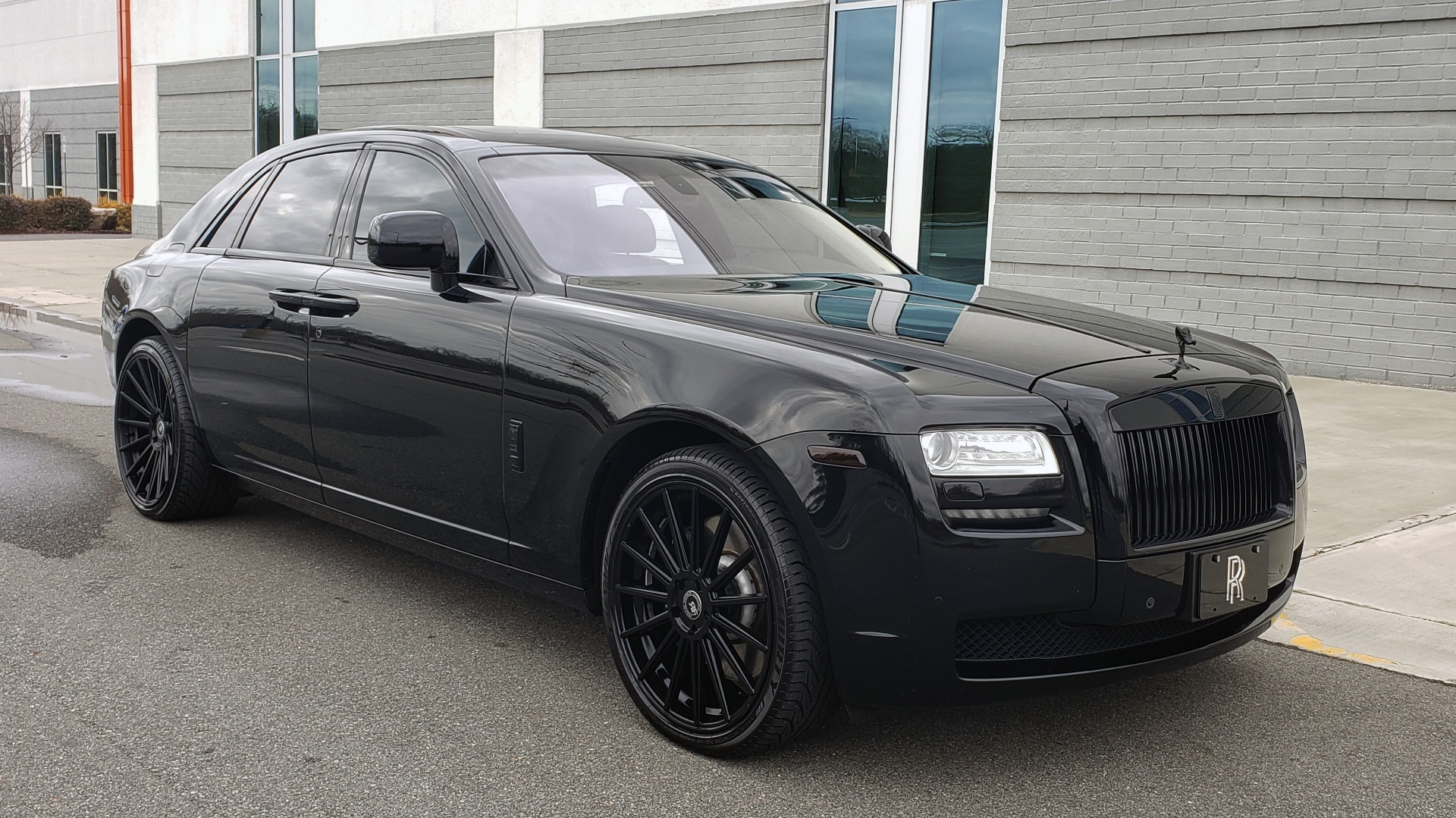 Used 2010 Rolls-Royce GHOST 6.6L TURBO V12 (563HP) / NAV / SUNROOF / SUICIDE DOORS for sale $89,000 at Formula Imports in Charlotte NC 28227 9