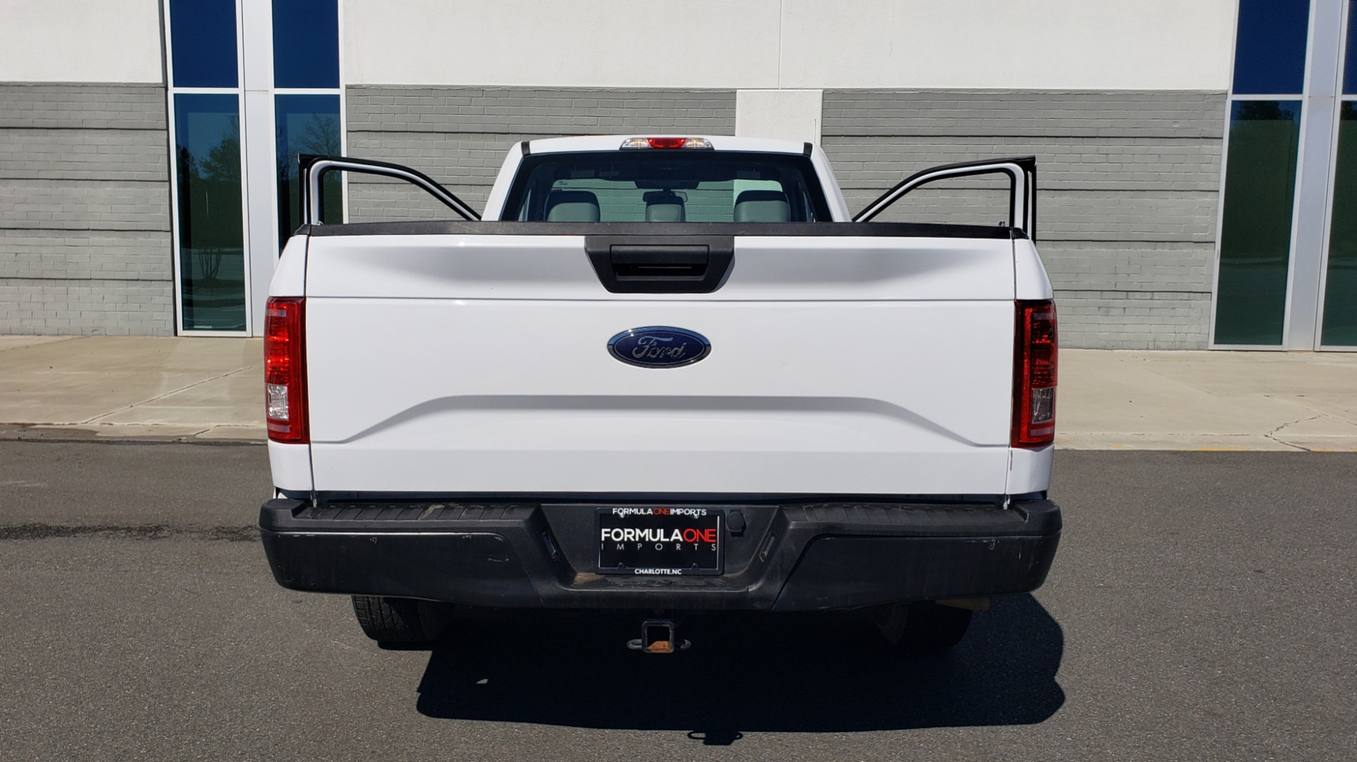 Used 2016 Ford F-150 XL / 2WD / V6 / AUTO / LONG BED / 141IN WB / WORK TRUCK for sale Sold at Formula Imports in Charlotte NC 28227 27