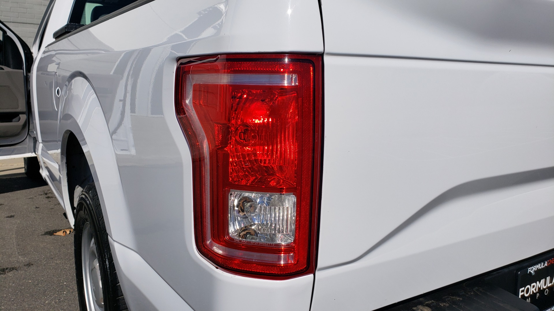 Used 2016 Ford F-150 XL / 2WD / V6 / AUTO / LONG BED / 141IN WB / WORK TRUCK for sale Sold at Formula Imports in Charlotte NC 28227 28