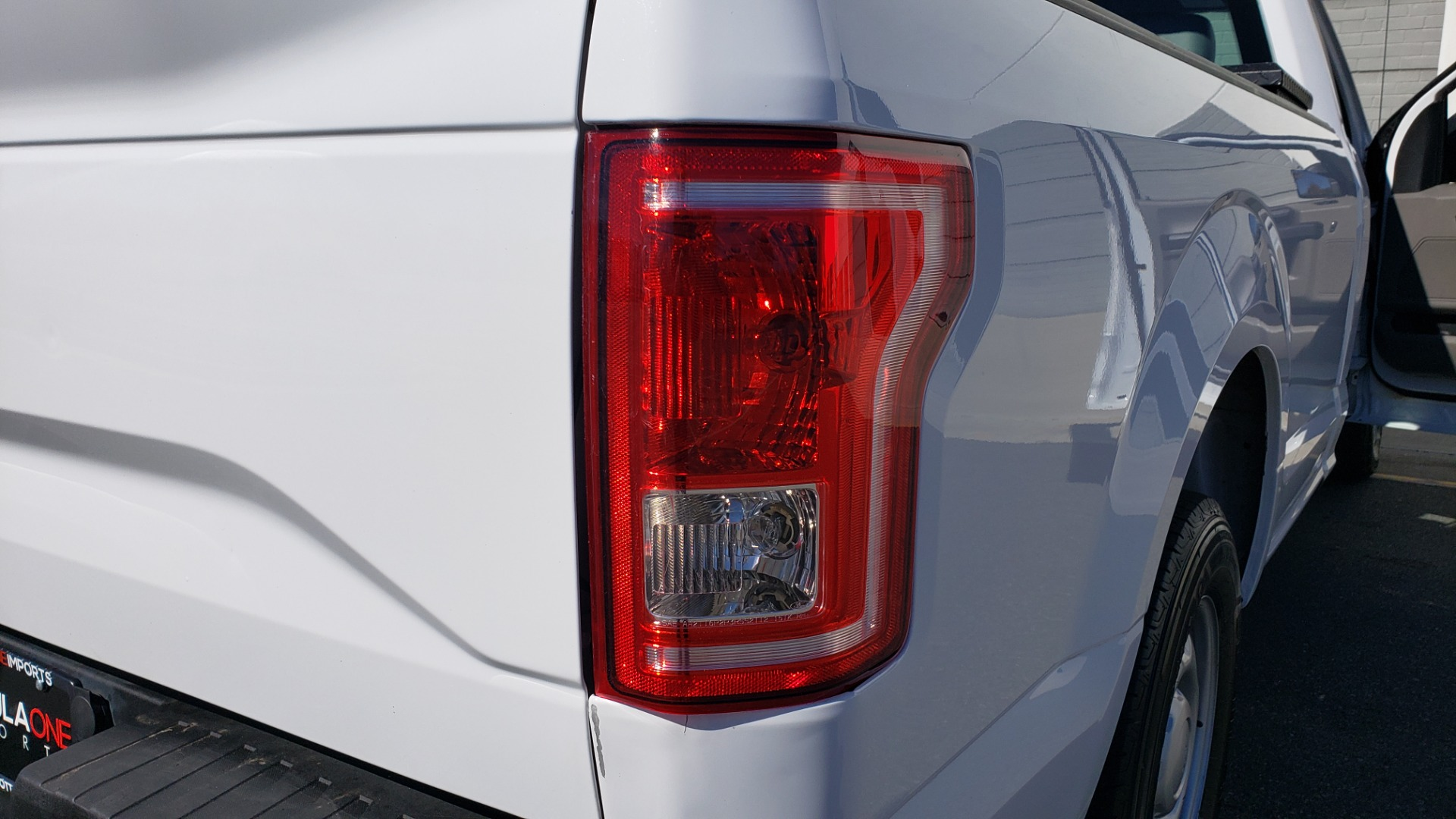 Used 2016 Ford F-150 XL / 2WD / V6 / AUTO / LONG BED / 141IN WB / WORK TRUCK for sale Sold at Formula Imports in Charlotte NC 28227 29