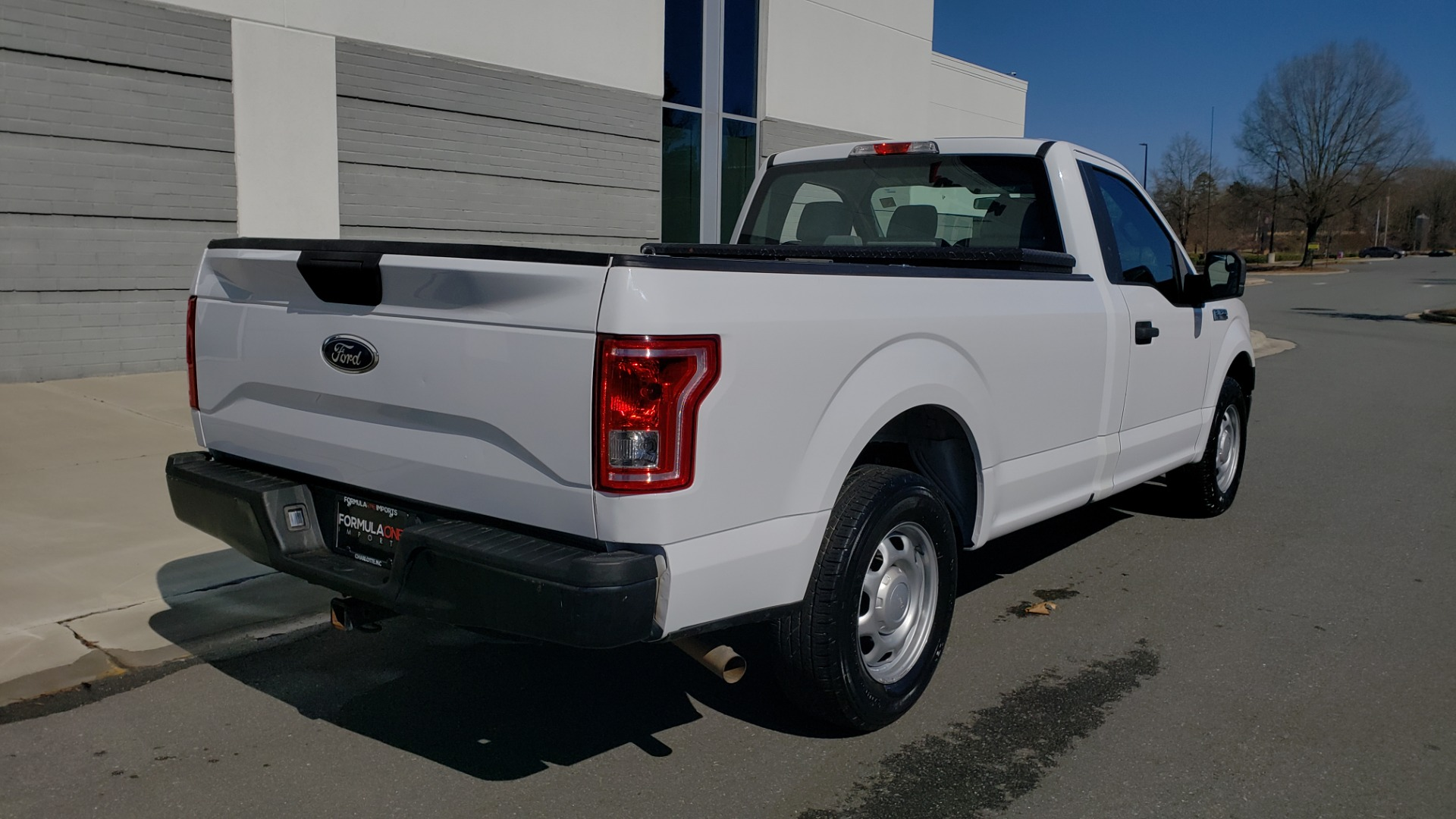 Used 2016 Ford F-150 XL / 2WD / V6 / AUTO / LONG BED / 141IN WB / WORK TRUCK for sale Sold at Formula Imports in Charlotte NC 28227 6