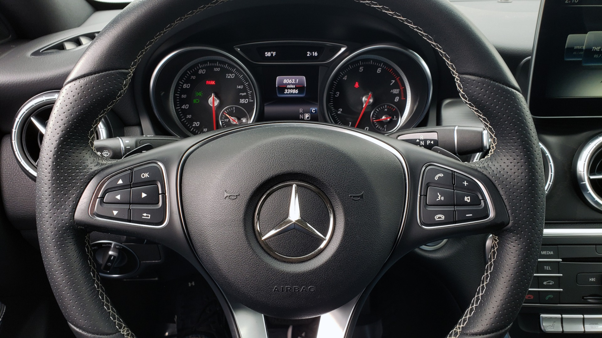 Used 2018 Mercedes-Benz CLA 250 PREMIUM / NAV / PANO-ROOF / APPLE CARPLAY / REARVIEW for sale $23,995 at Formula Imports in Charlotte NC 28227 39