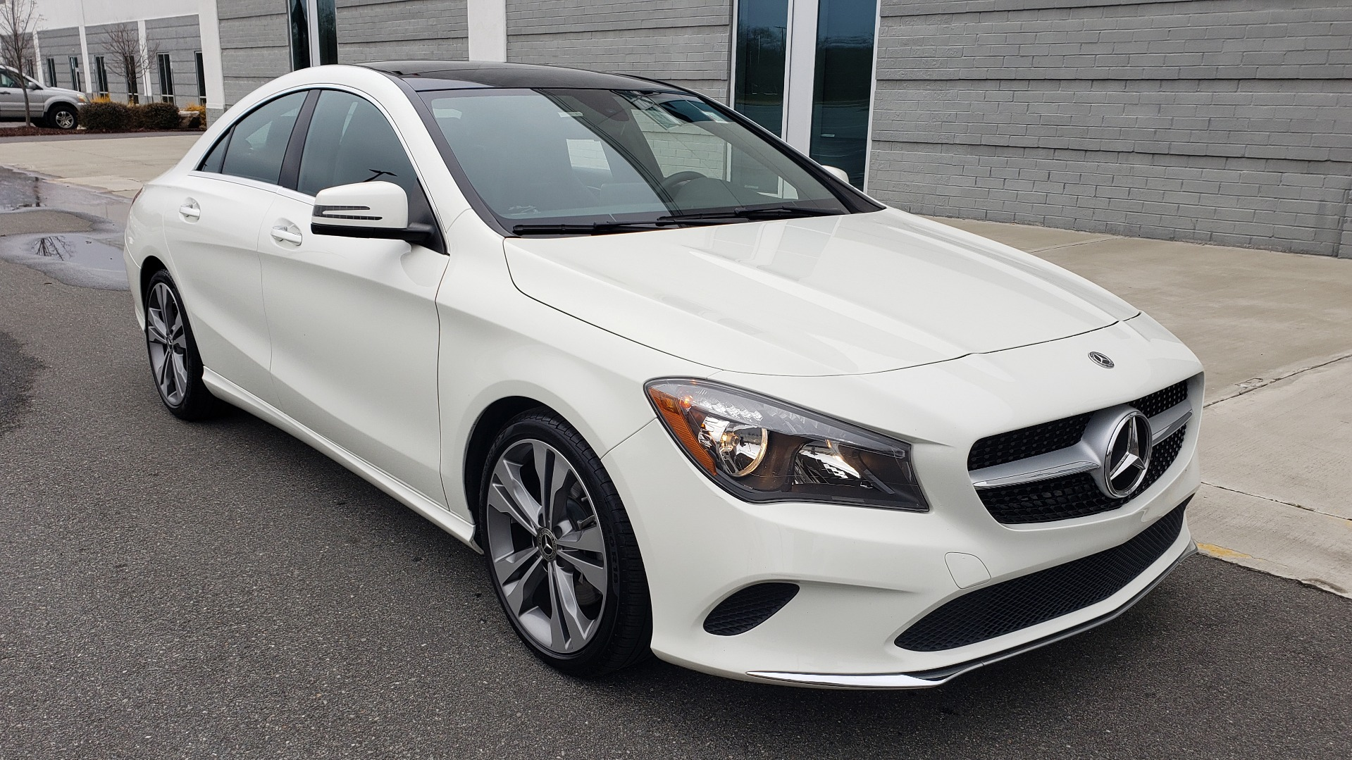 Used 2018 Mercedes-Benz CLA 250 PREMIUM / NAV / PANO-ROOF / APPLE CARPLAY / REARVIEW for sale $23,995 at Formula Imports in Charlotte NC 28227 6