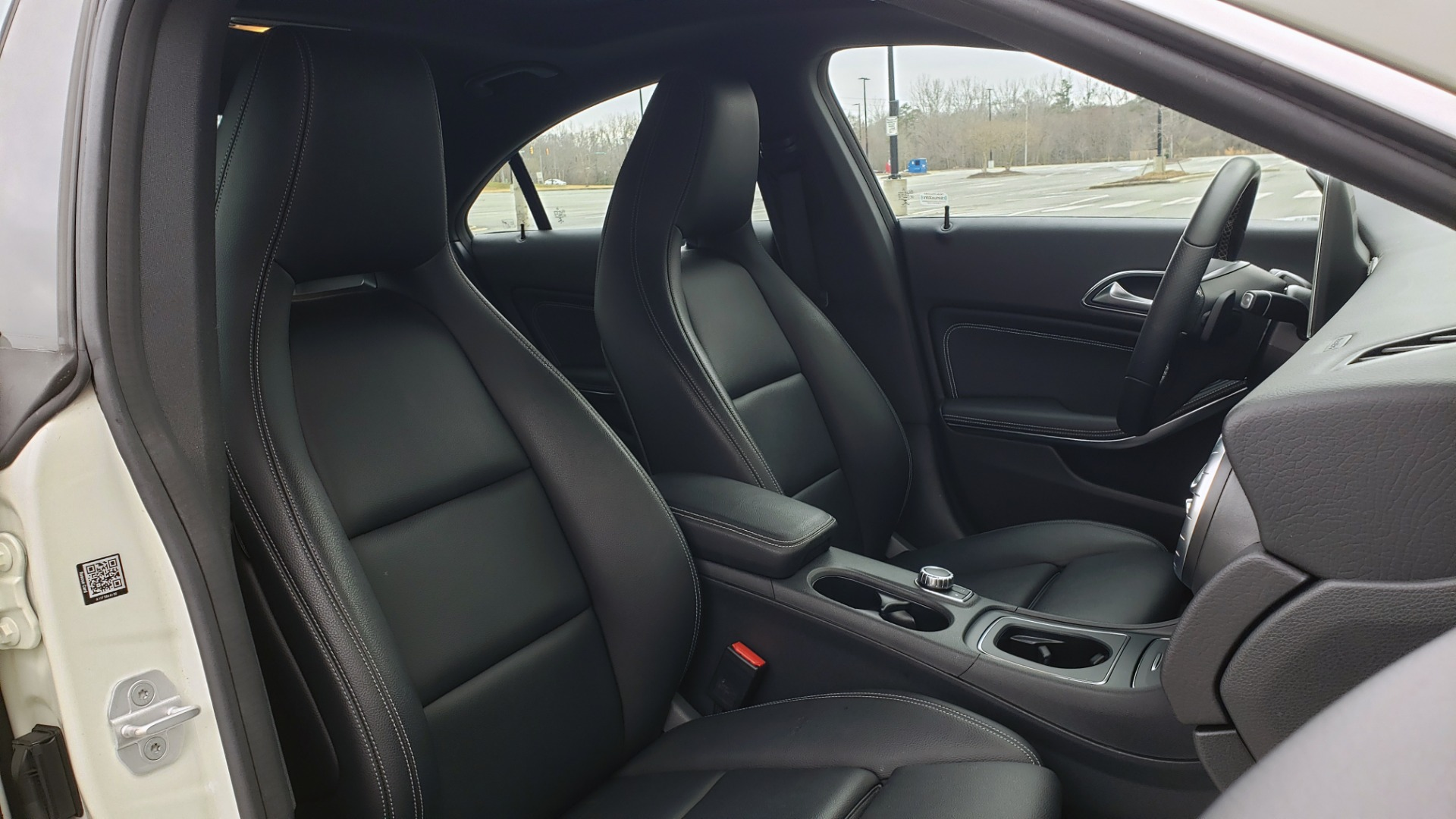 Used 2018 Mercedes-Benz CLA 250 PREMIUM / NAV / PANO-ROOF / APPLE CARPLAY / REARVIEW for sale $23,995 at Formula Imports in Charlotte NC 28227 66