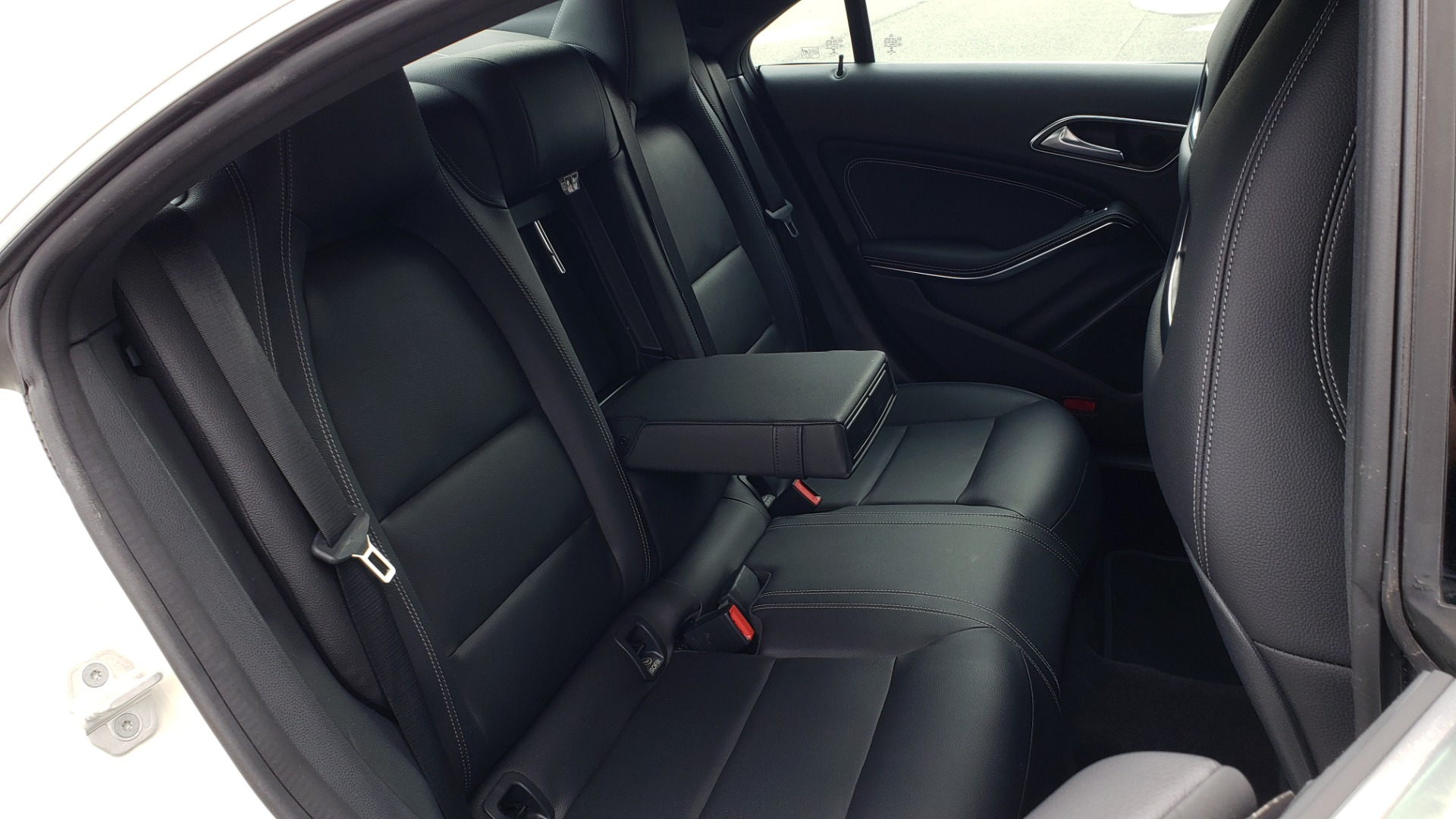 Used 2018 Mercedes-Benz CLA 250 PREMIUM / NAV / PANO-ROOF / APPLE CARPLAY / REARVIEW for sale $23,995 at Formula Imports in Charlotte NC 28227 72