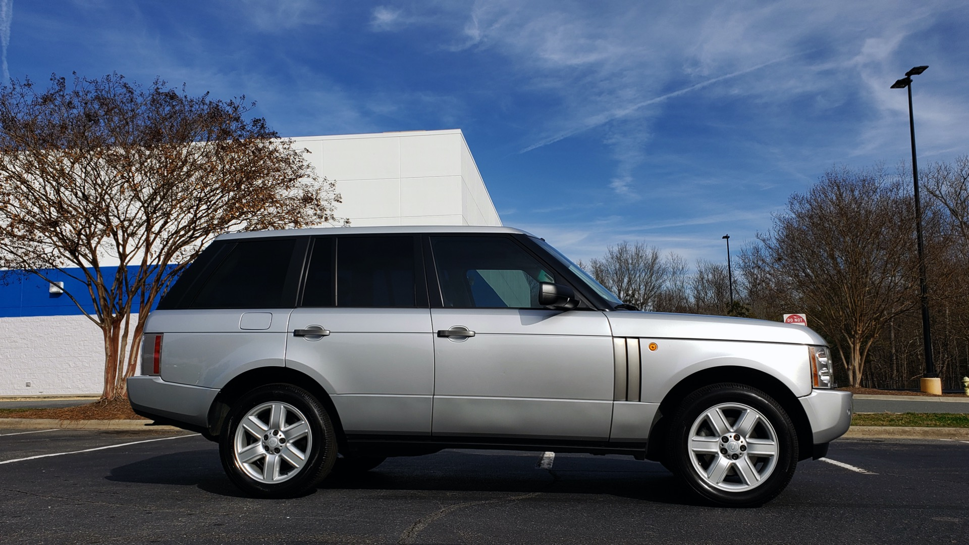Used 2005 Land Rover RANGE ROVER HSE / V8 / NAV / SUNROOF / HTD STS / HTD STRNG WHL for sale Sold at Formula Imports in Charlotte NC 28227 5