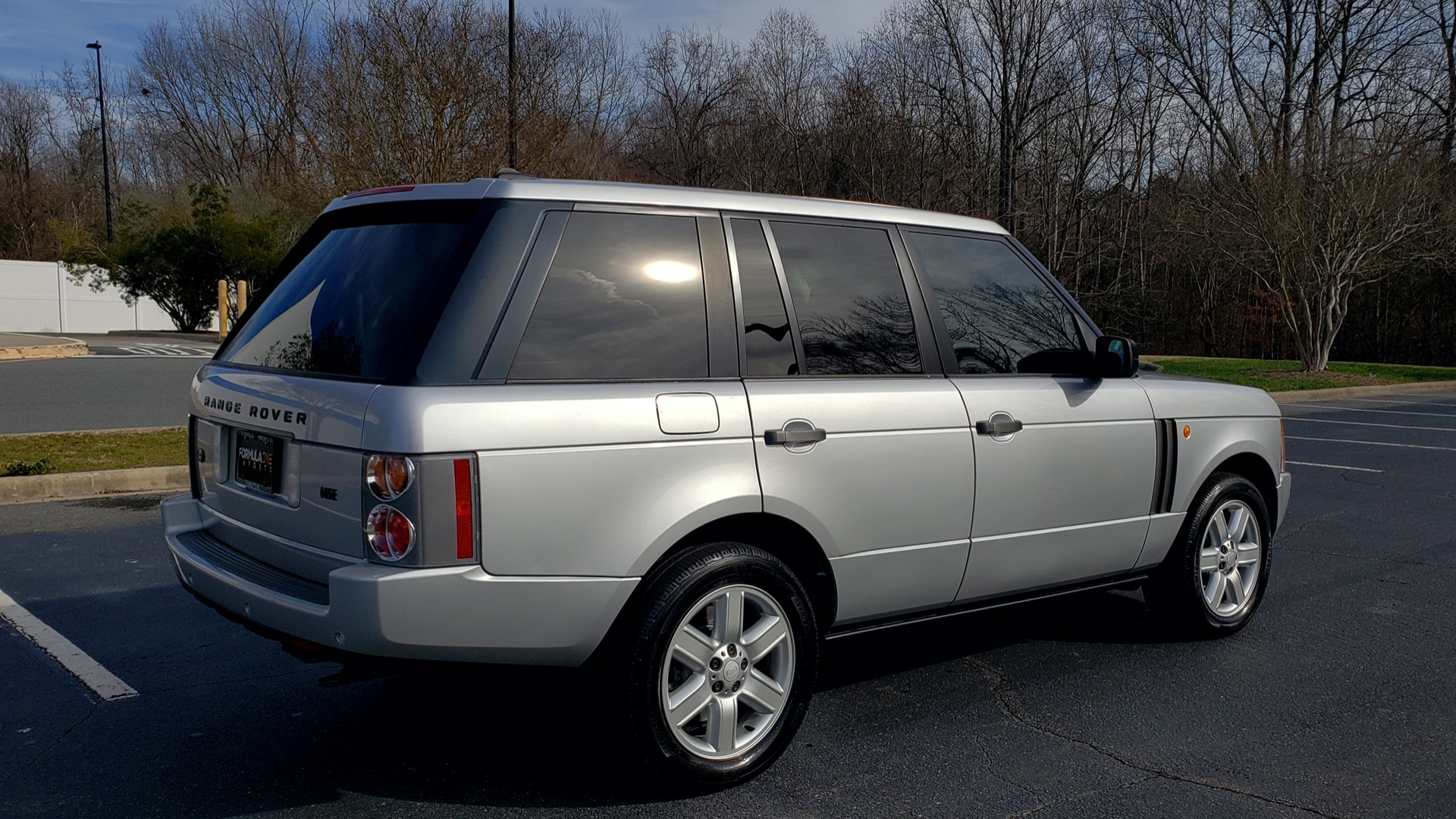 Used 2005 Land Rover RANGE ROVER HSE / V8 / NAV / SUNROOF / HTD STS / HTD STRNG WHL for sale Sold at Formula Imports in Charlotte NC 28227 6
