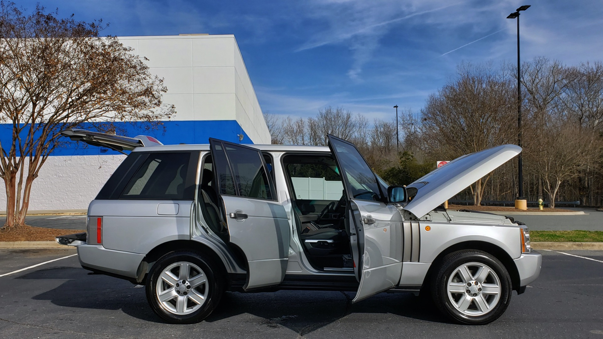 Used 2005 Land Rover RANGE ROVER HSE / V8 / NAV / SUNROOF / HTD STS / HTD STRNG WHL for sale Sold at Formula Imports in Charlotte NC 28227 9