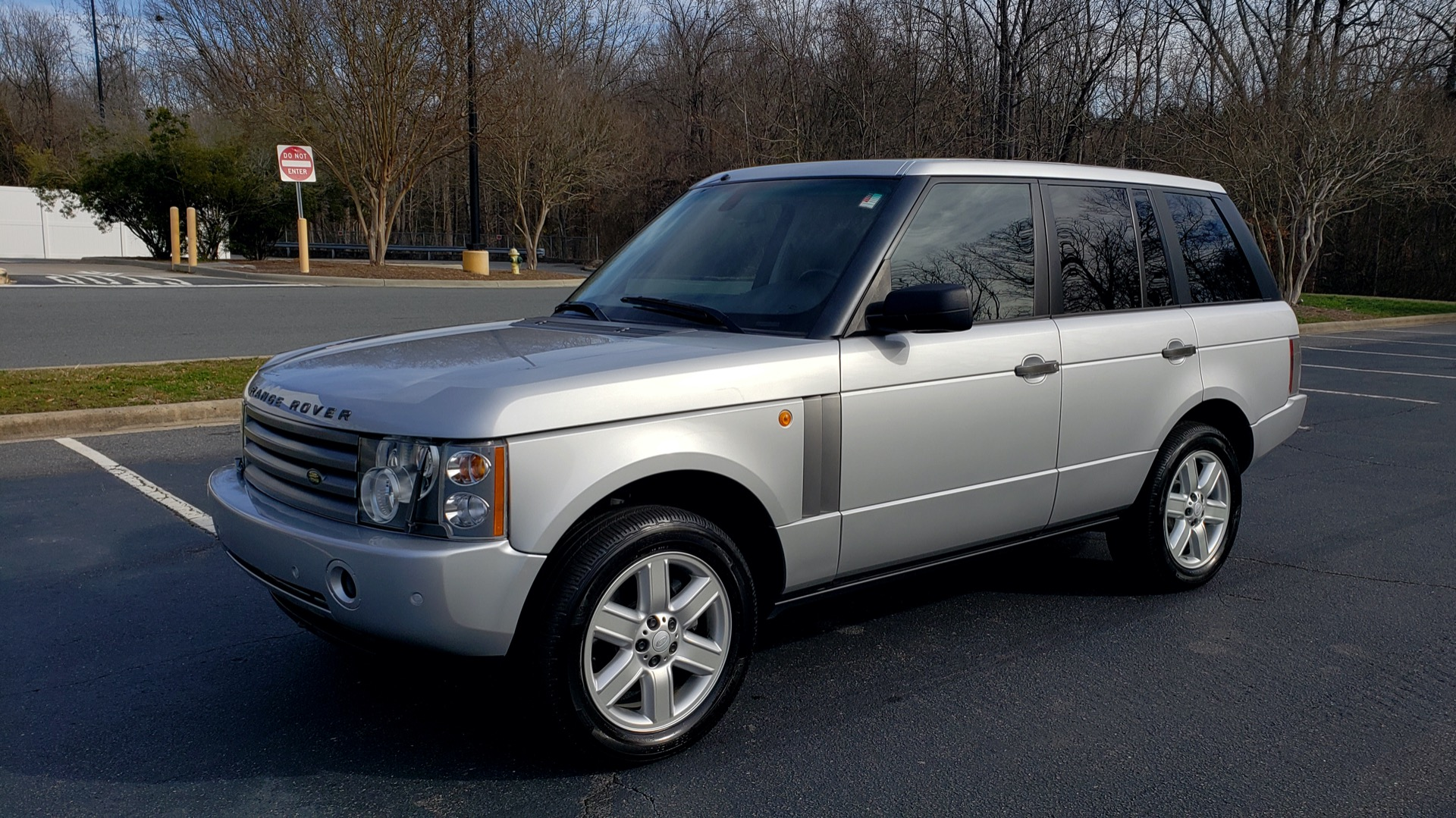 Used 2005 Land Rover RANGE ROVER HSE / V8 / NAV / SUNROOF / HTD STS / HTD STRNG WHL for sale Sold at Formula Imports in Charlotte NC 28227 1