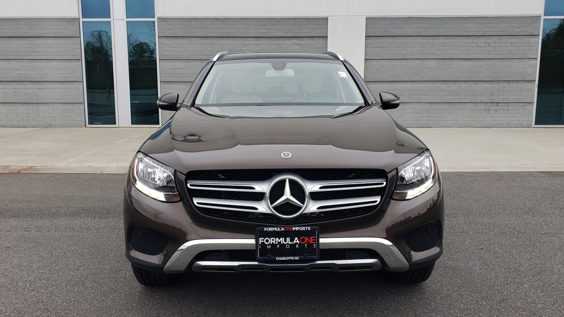 Used 2018 Mercedes-Benz GLC 300 4MATIC / PREM PKG / MULTIMEDIA / PANO-ROOF / BURMESTER for sale $33,995 at Formula Imports in Charlotte NC 28227 18