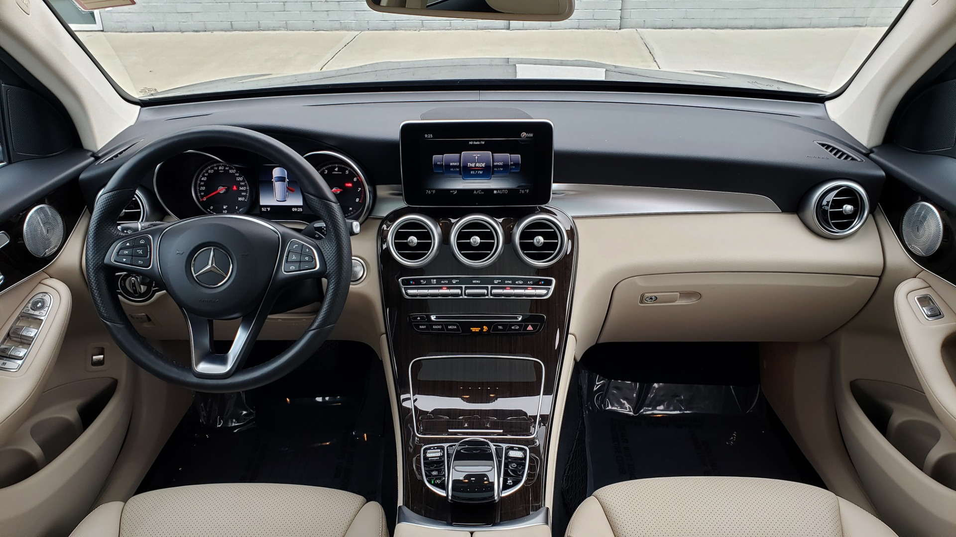 Used 2018 Mercedes-Benz GLC 300 4MATIC / PREM PKG / MULTIMEDIA / PANO-ROOF / BURMESTER for sale $33,995 at Formula Imports in Charlotte NC 28227 76