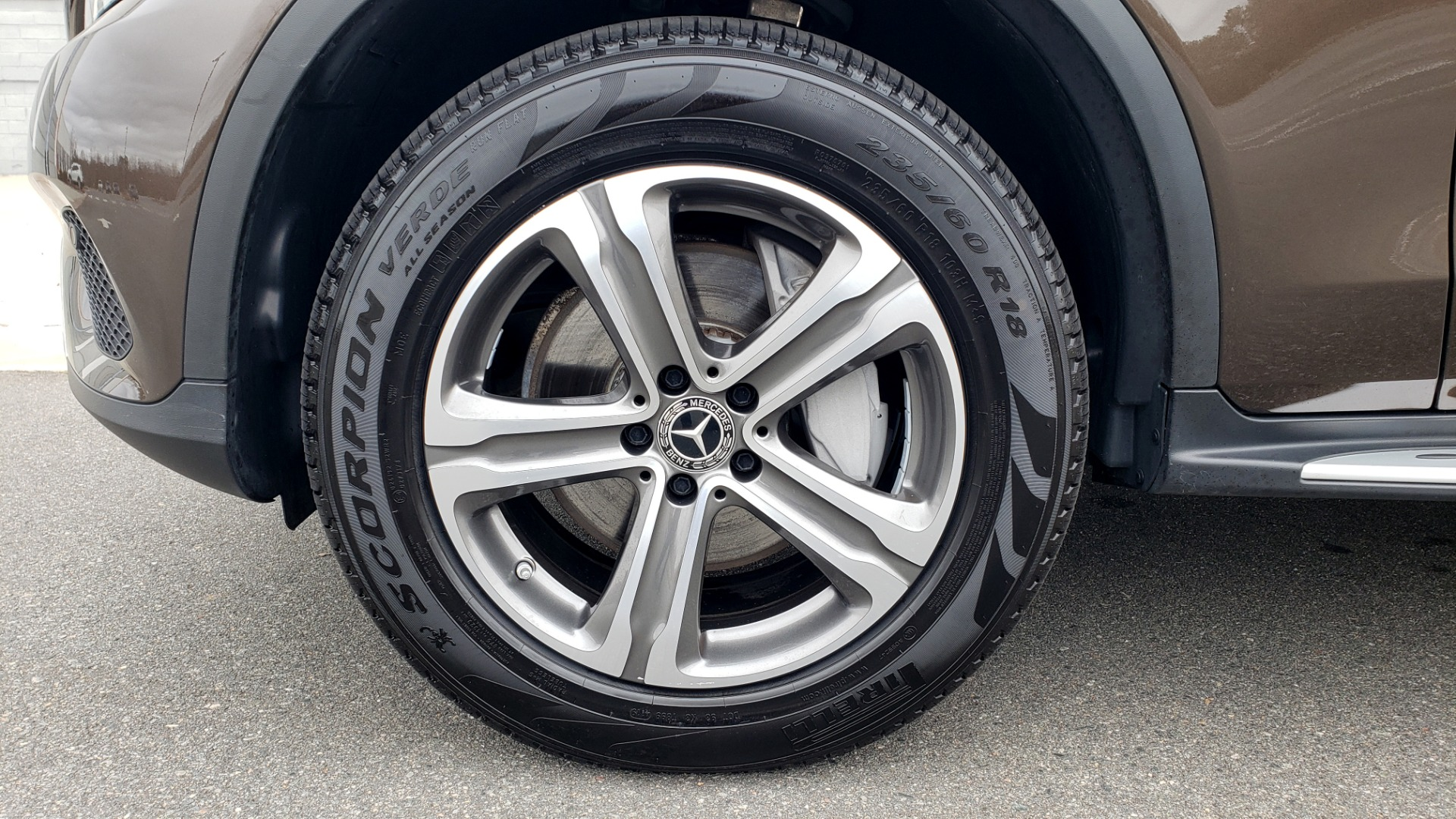 Used 2018 Mercedes-Benz GLC 300 4MATIC / PREM PKG / MULTIMEDIA / PANO-ROOF / BURMESTER for sale $33,995 at Formula Imports in Charlotte NC 28227 79