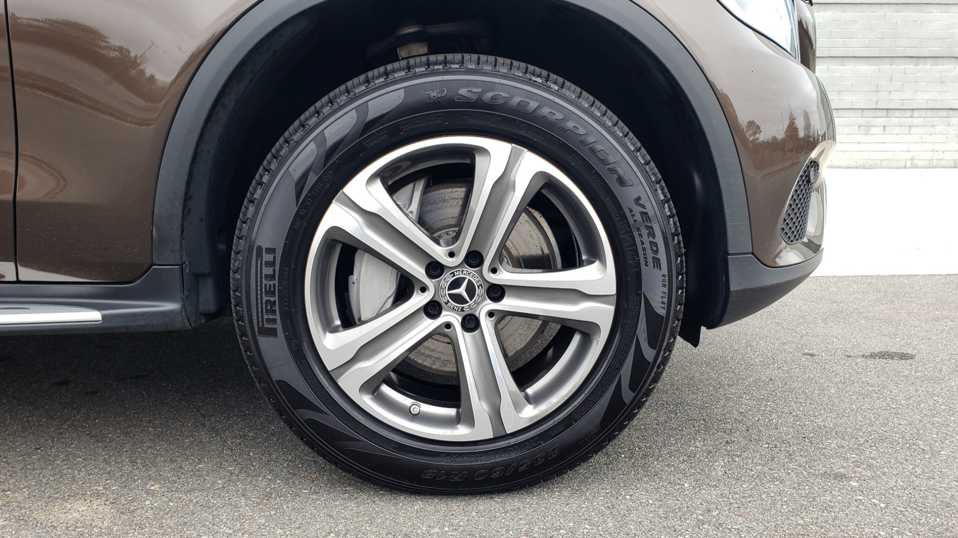 Used 2018 Mercedes-Benz GLC 300 4MATIC / PREM PKG / MULTIMEDIA / PANO-ROOF / BURMESTER for sale $33,995 at Formula Imports in Charlotte NC 28227 82