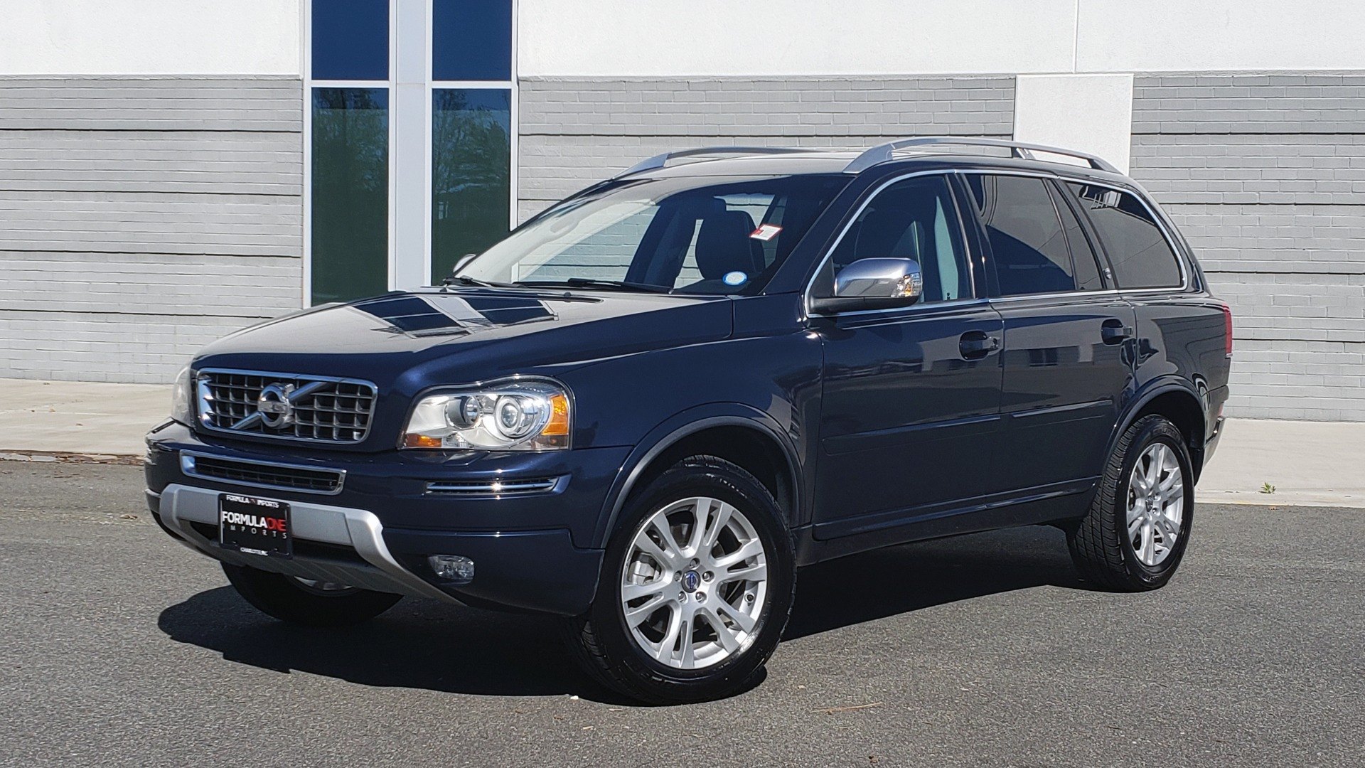 Used 2013 Volvo XC90 PREMIUM PLUS / AWD / HEATED SEATS / SUNROOF / 3-ROW / REARVIEW for sale $16,495 at Formula Imports in Charlotte NC 28227 1