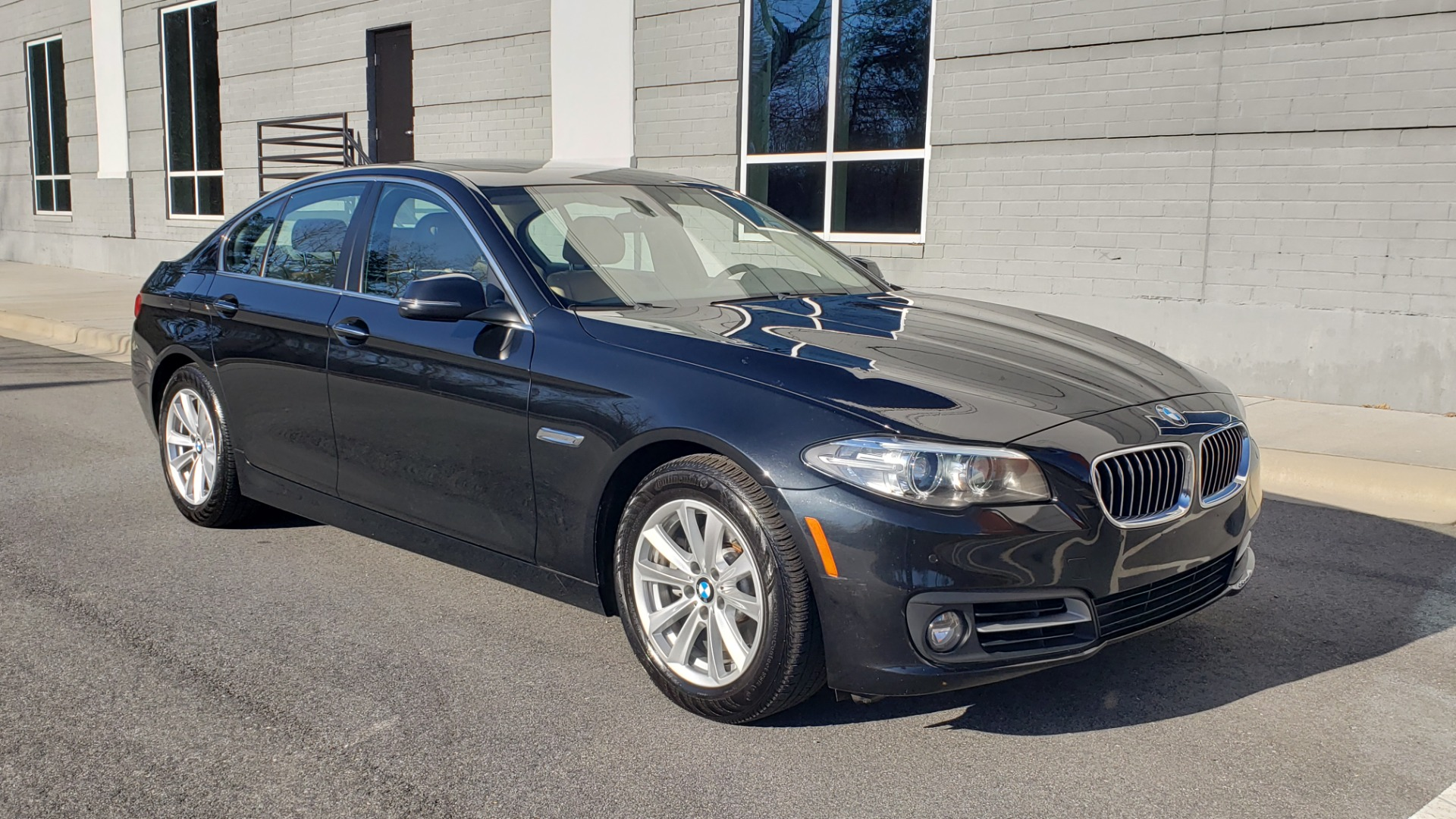 Used 2015 BMW 5 SERIES 528IXDRIVE PREMIUM / CLD WTHR / DRVR ASST PKG / HTD STS for sale Sold at Formula Imports in Charlotte NC 28227 3
