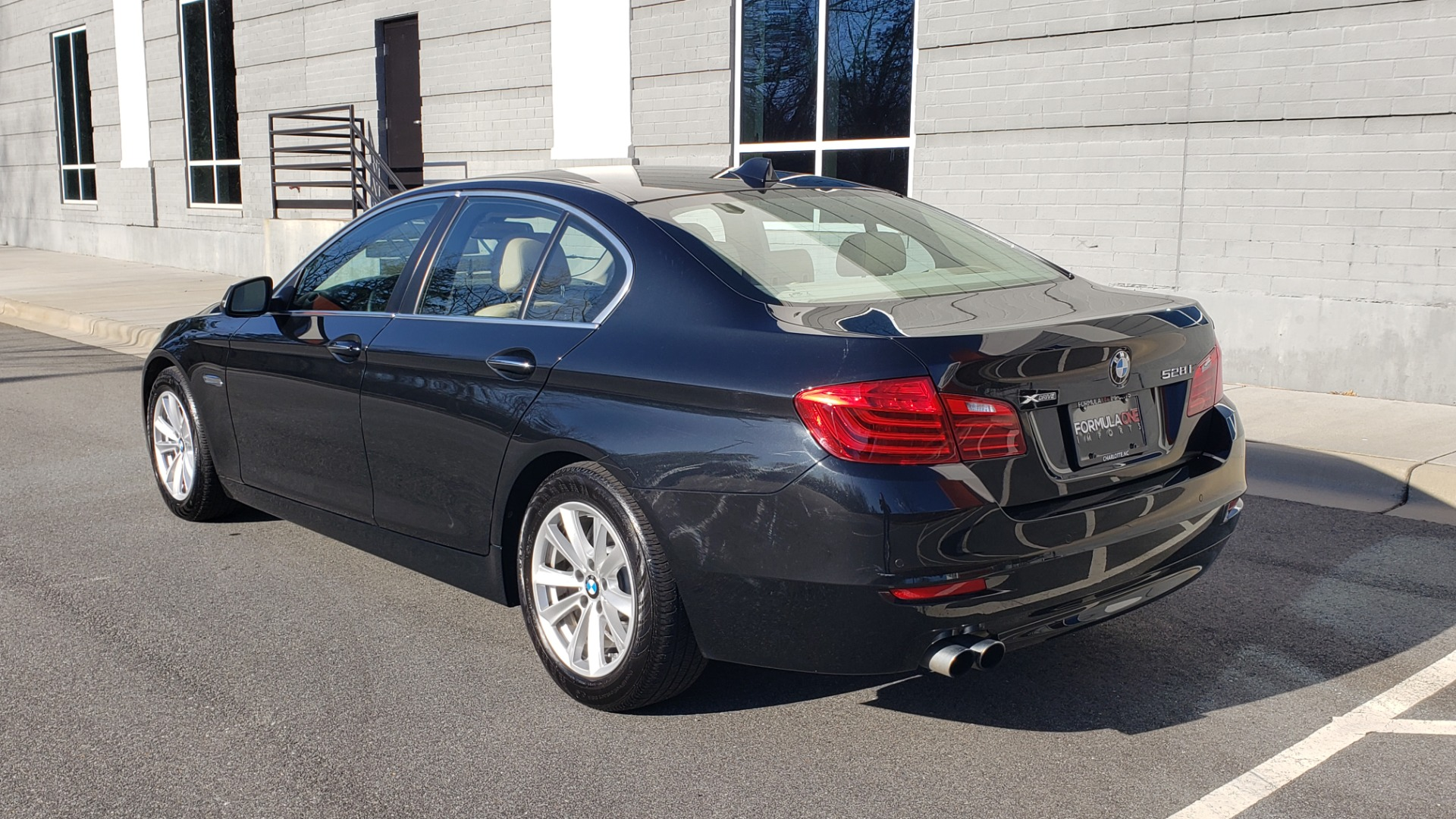 Used 2015 BMW 5 SERIES 528IXDRIVE PREMIUM / CLD WTHR / DRVR ASST PKG / HTD STS for sale Sold at Formula Imports in Charlotte NC 28227 4