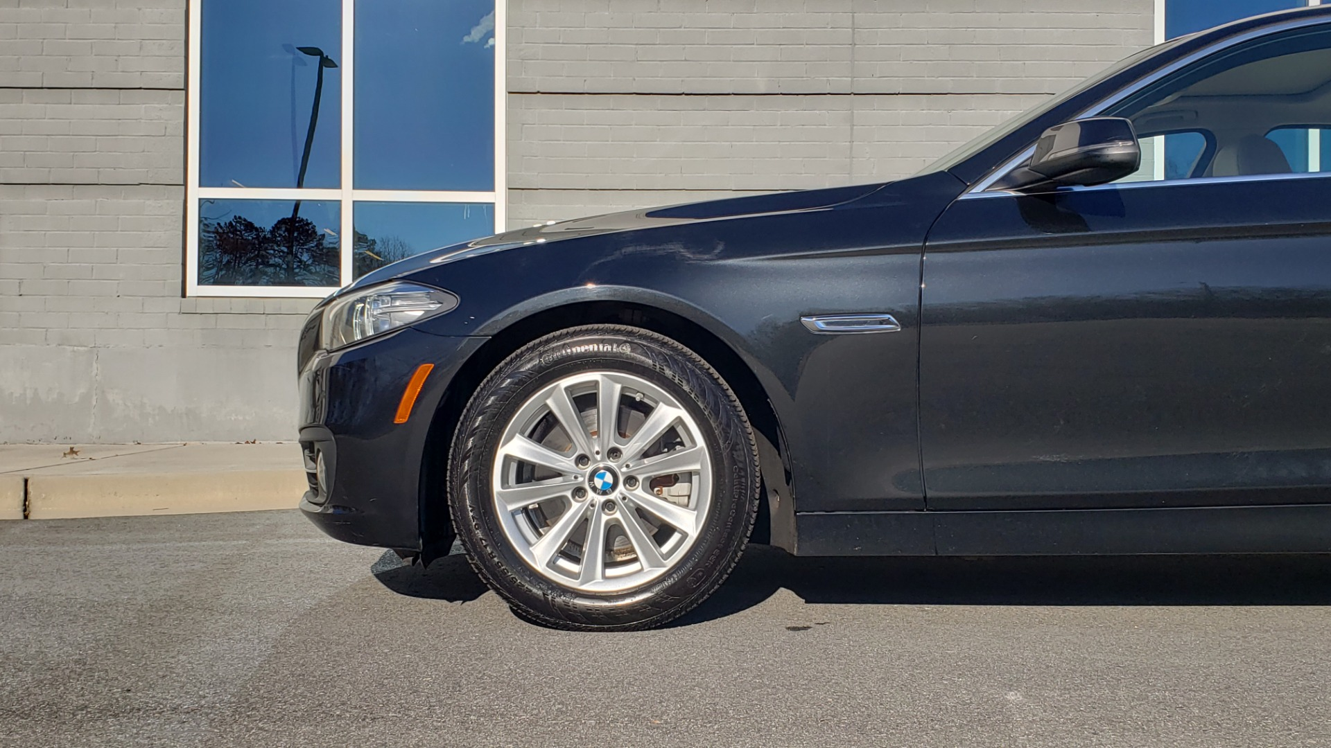 Used 2015 BMW 5 SERIES 528IXDRIVE PREMIUM / CLD WTHR / DRVR ASST PKG / HTD STS for sale Sold at Formula Imports in Charlotte NC 28227 64
