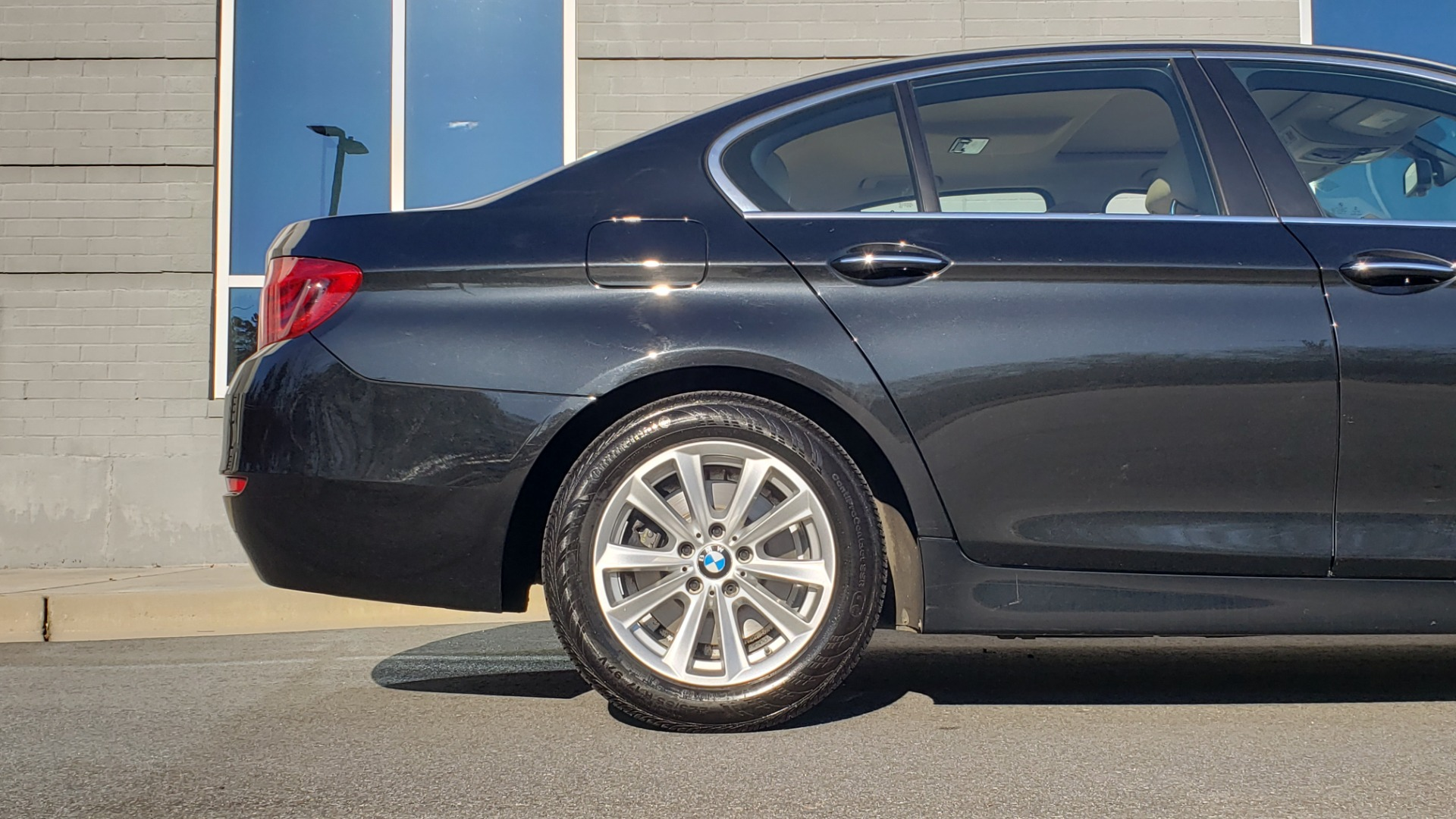 Used 2015 BMW 5 SERIES 528IXDRIVE PREMIUM / CLD WTHR / DRVR ASST PKG / HTD STS for sale Sold at Formula Imports in Charlotte NC 28227 66