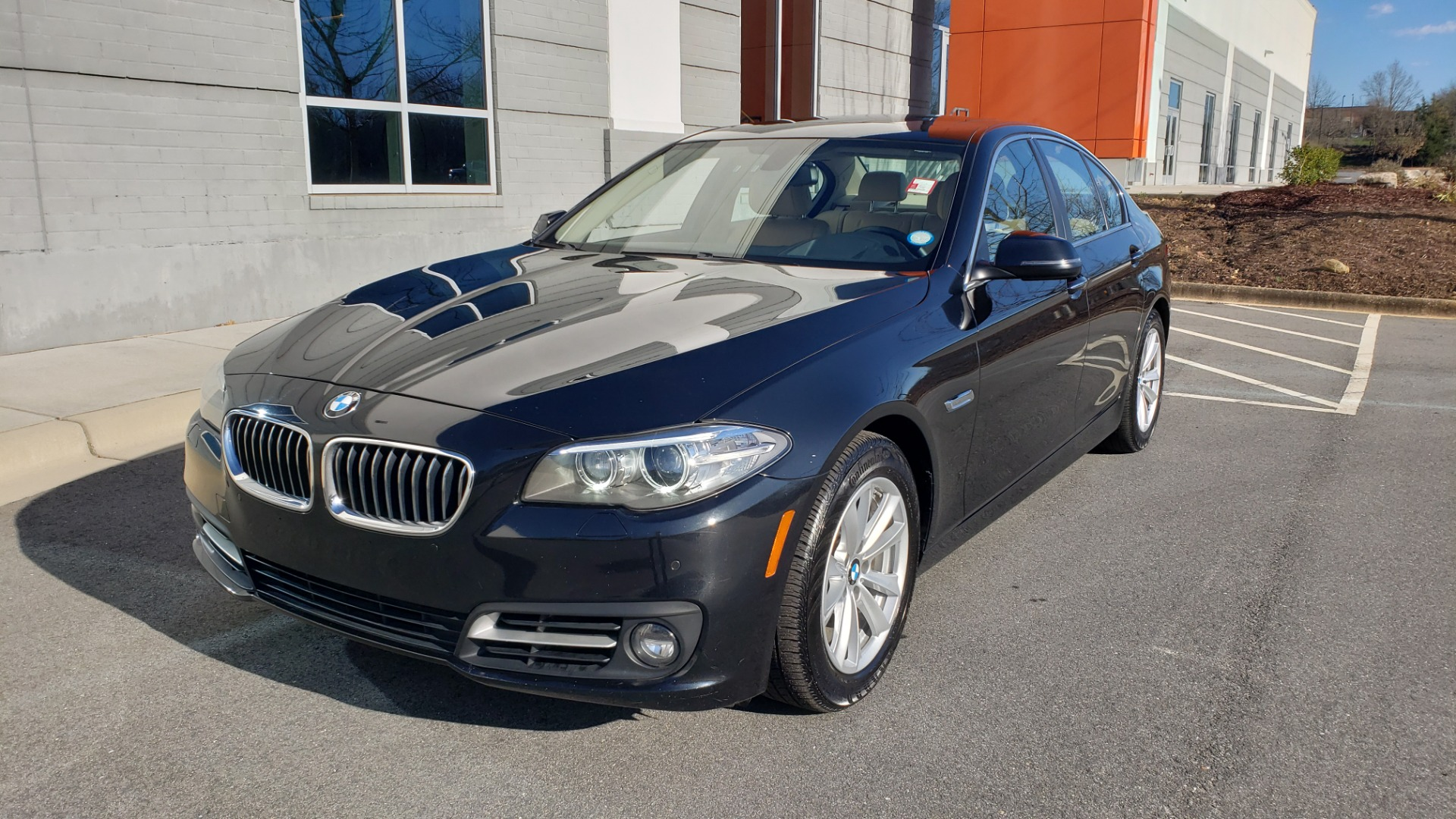 Used 2015 BMW 5 SERIES 528IXDRIVE PREMIUM / CLD WTHR / DRVR ASST PKG / HTD STS for sale $17,995 at Formula Imports in Charlotte NC 28227 1