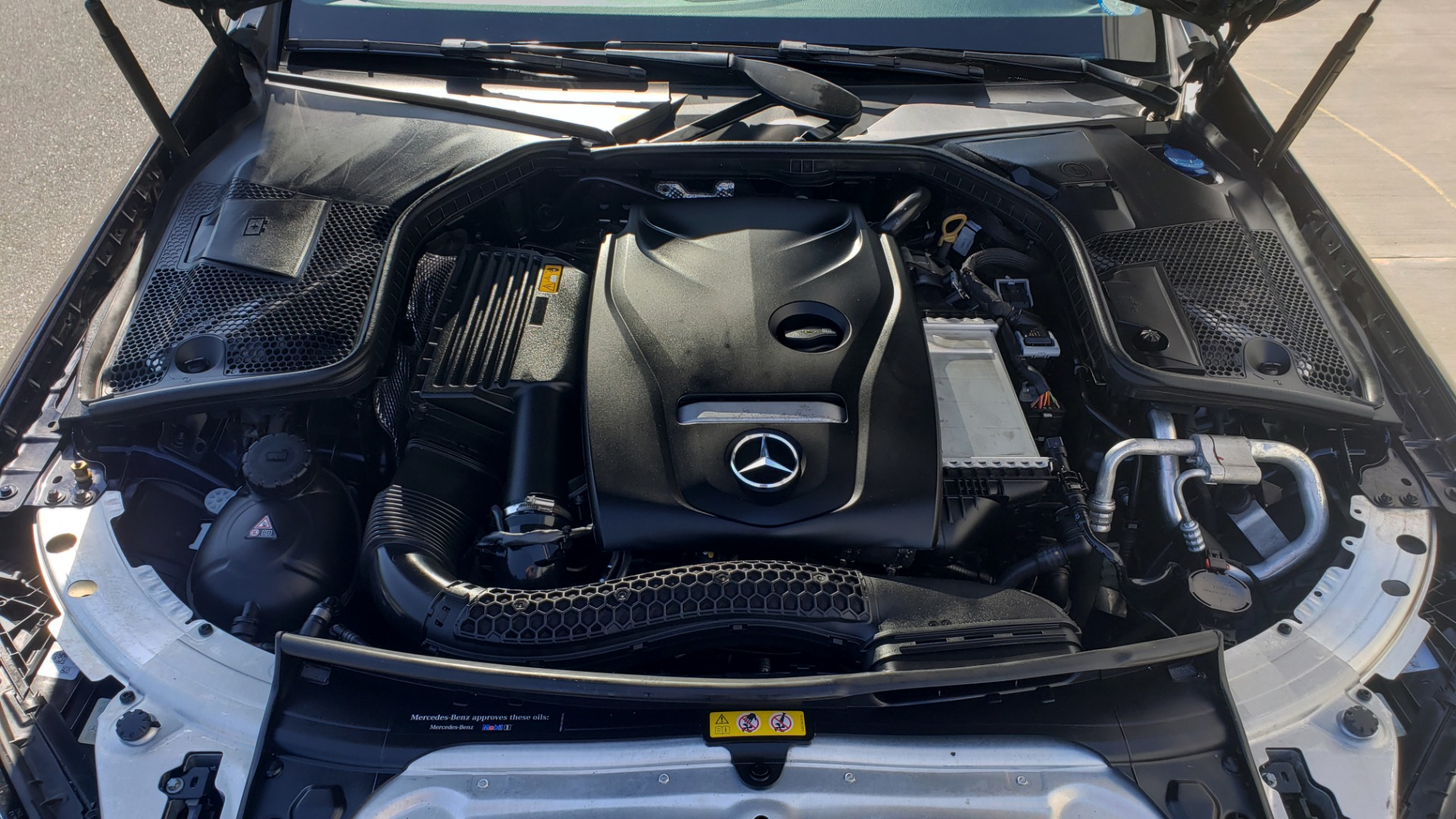 Used 2018 Mercedes-Benz C-CLASS C 300 PREMIUM / SUNROOF / BURMESTER / BSM / REARVIEW for sale $23,995 at Formula Imports in Charlotte NC 28227 11
